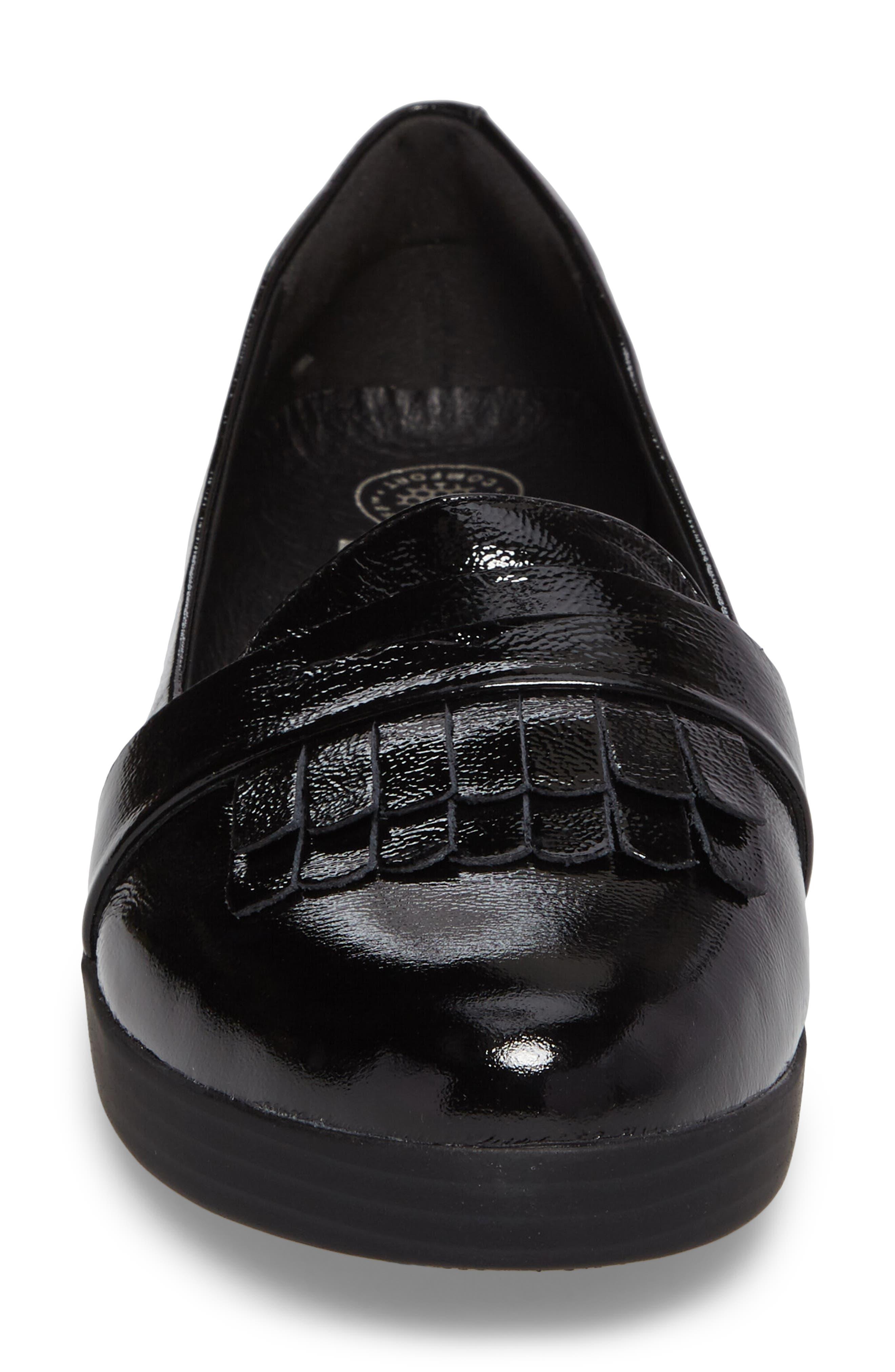 Alternate Image 4  - FitFlop™ Fringey Sneakerloafer Slip-On (Women)