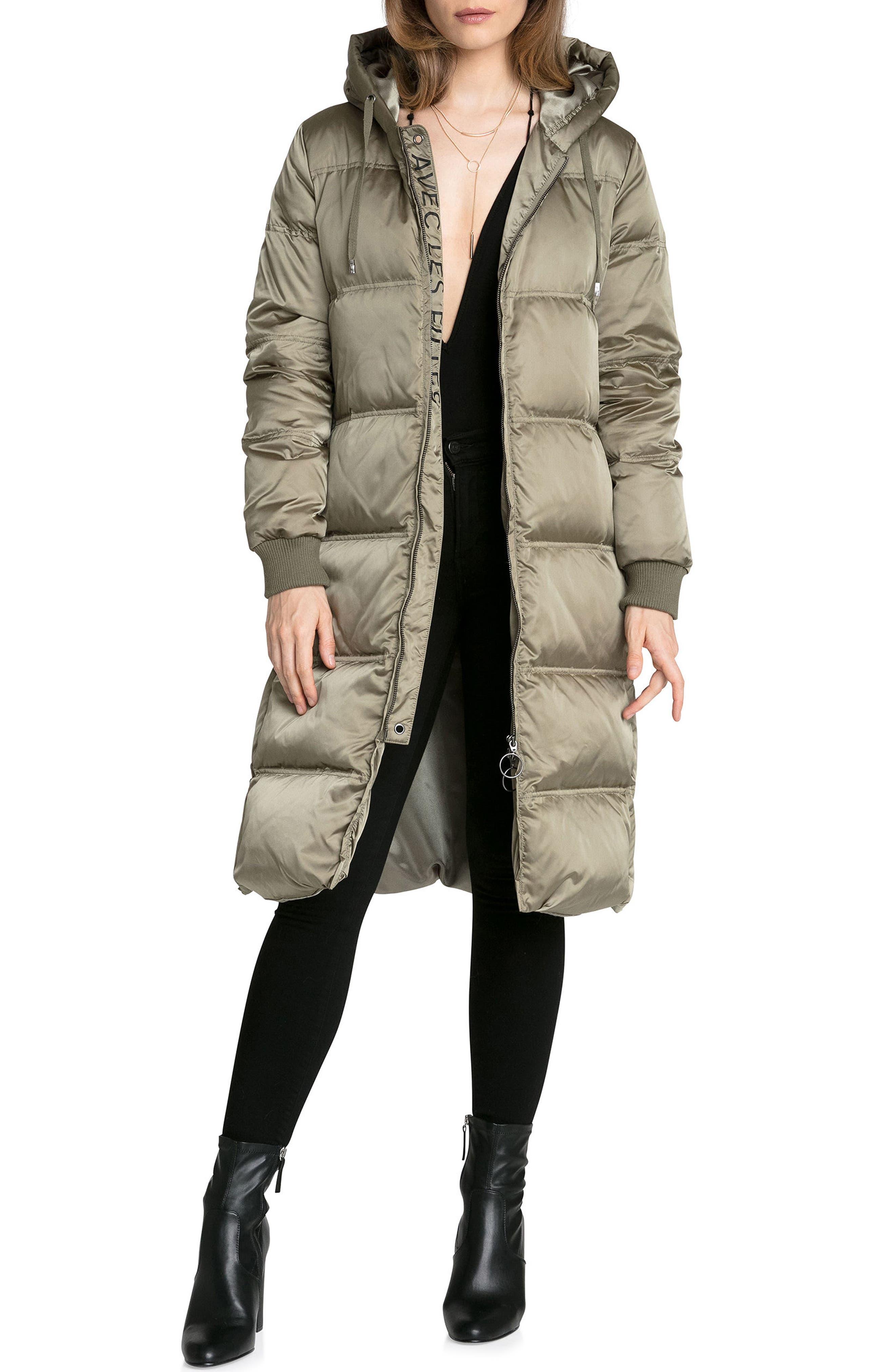 Avec les Filles Packable Nylon Puffer Jacket