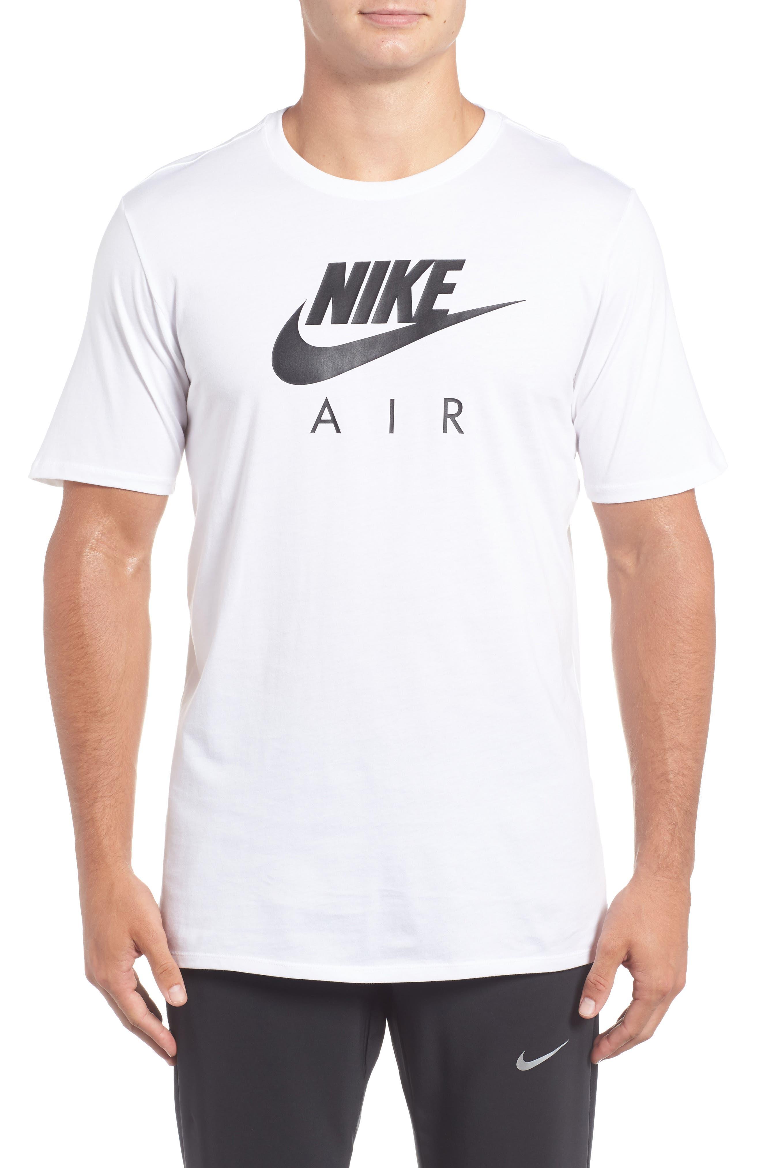Nike Logo Graphic T-Shirt