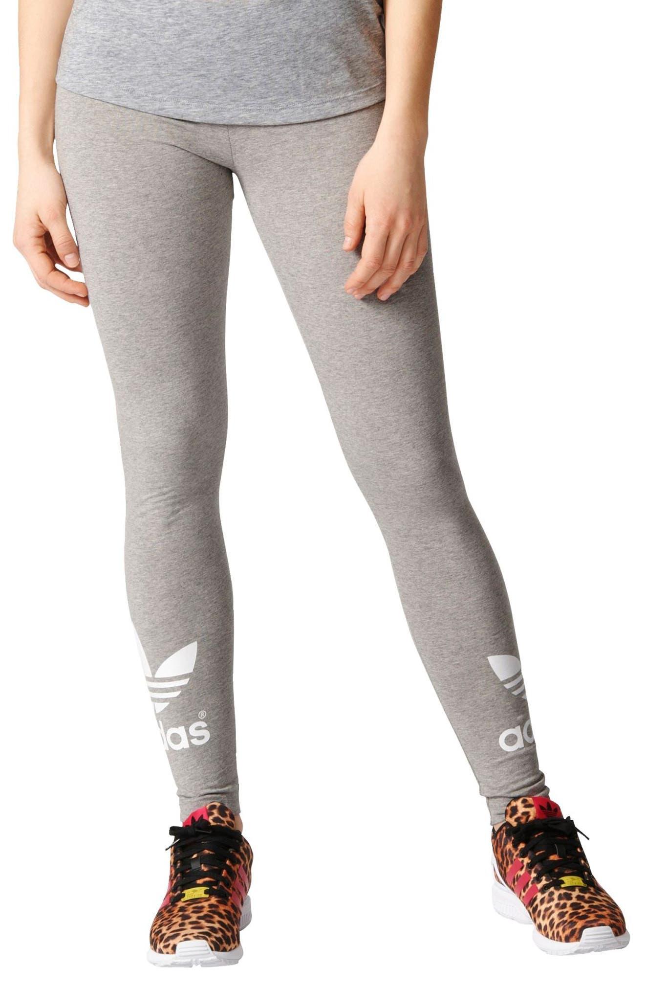 Alternate Image 1 Selected - adidas Originals Logo Leggings