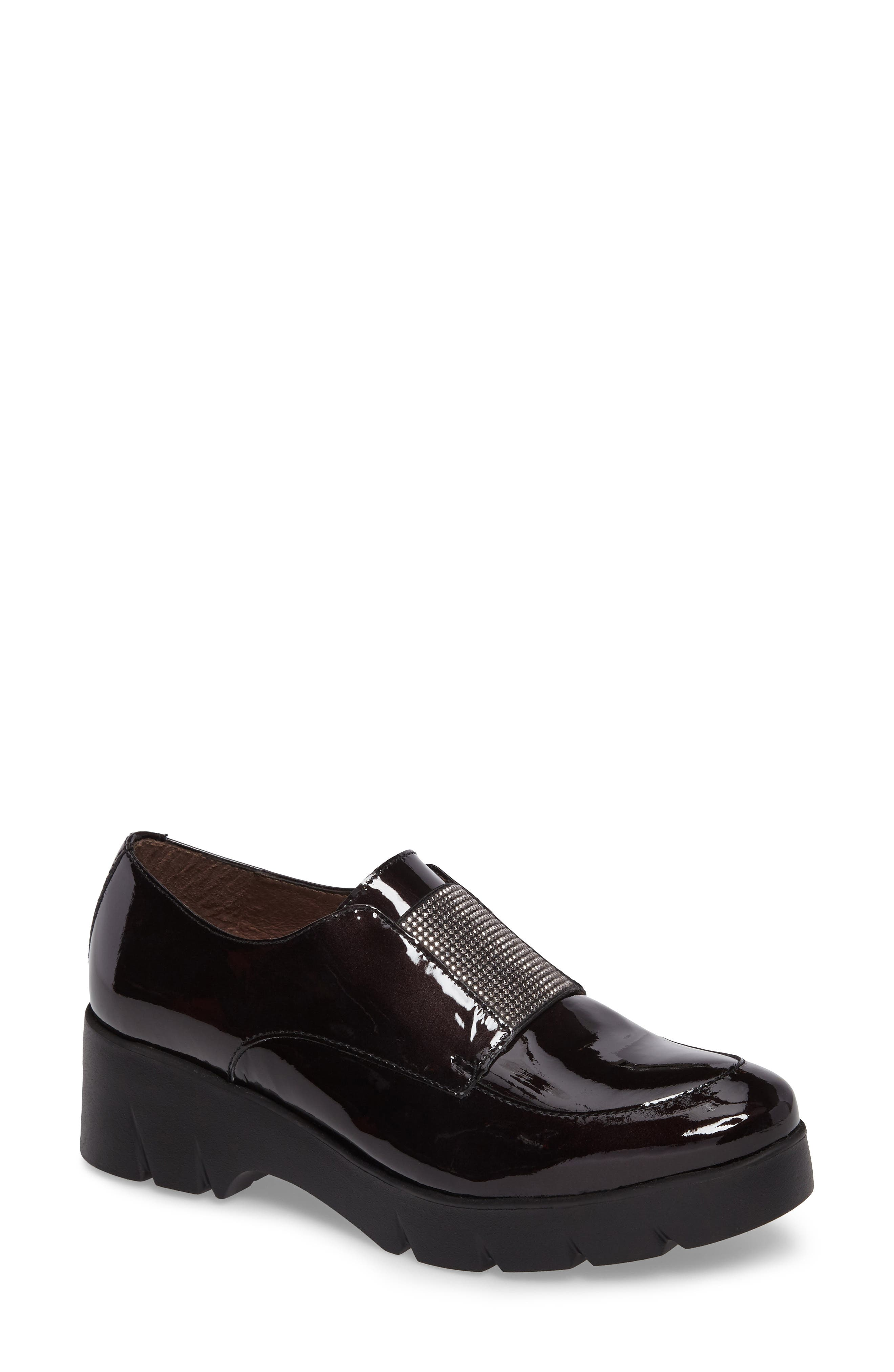 Main Image - Wonders Loafer Flat