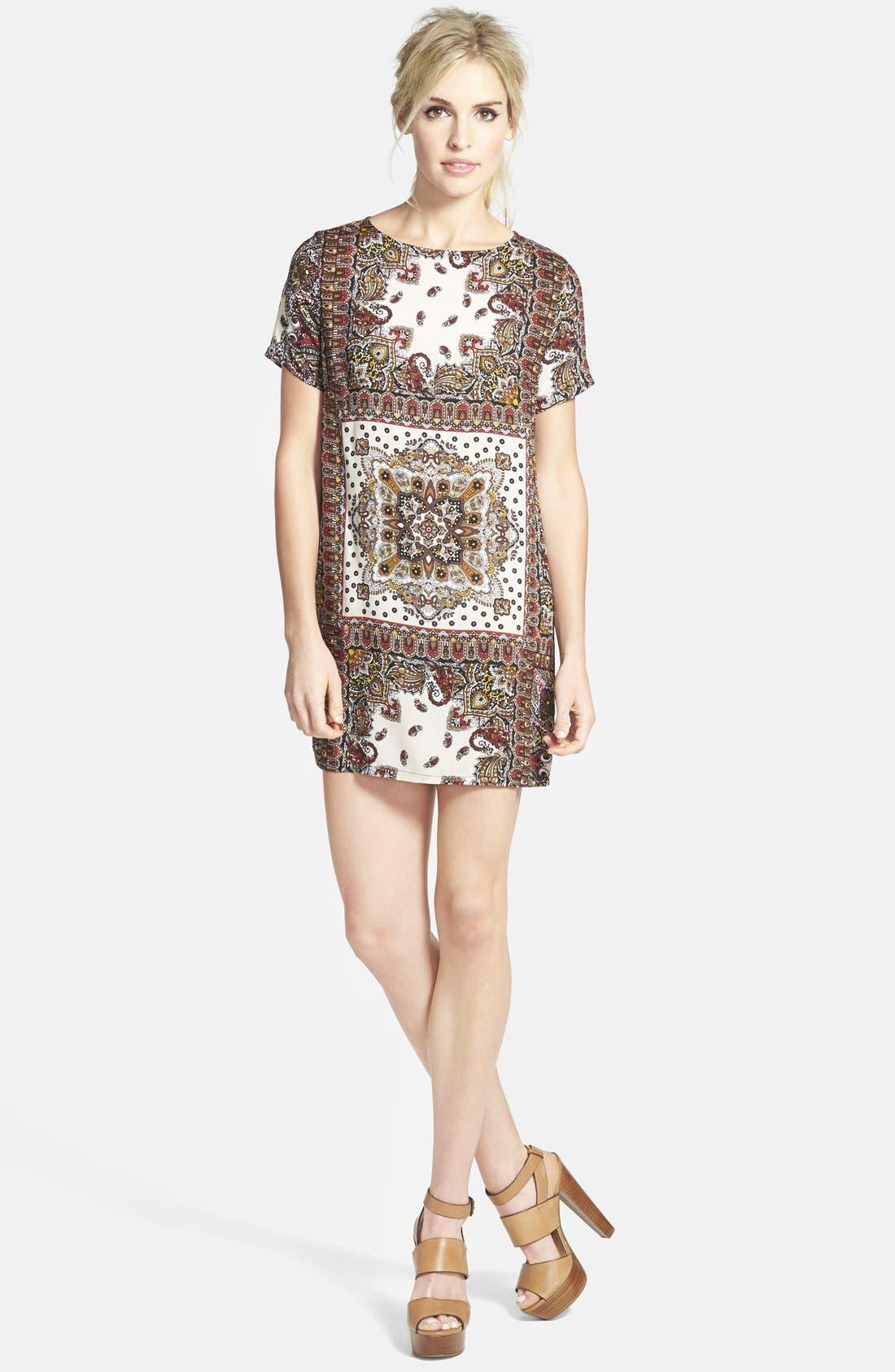 Main Image - Glamorous Print Shift Tunic Dress