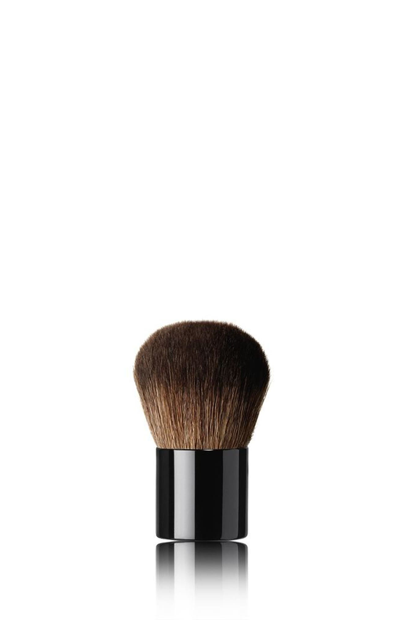 LES PINCEAUX DE CHANEL<br />Petite Kabuki Brush,                         Main,                         color, No Color