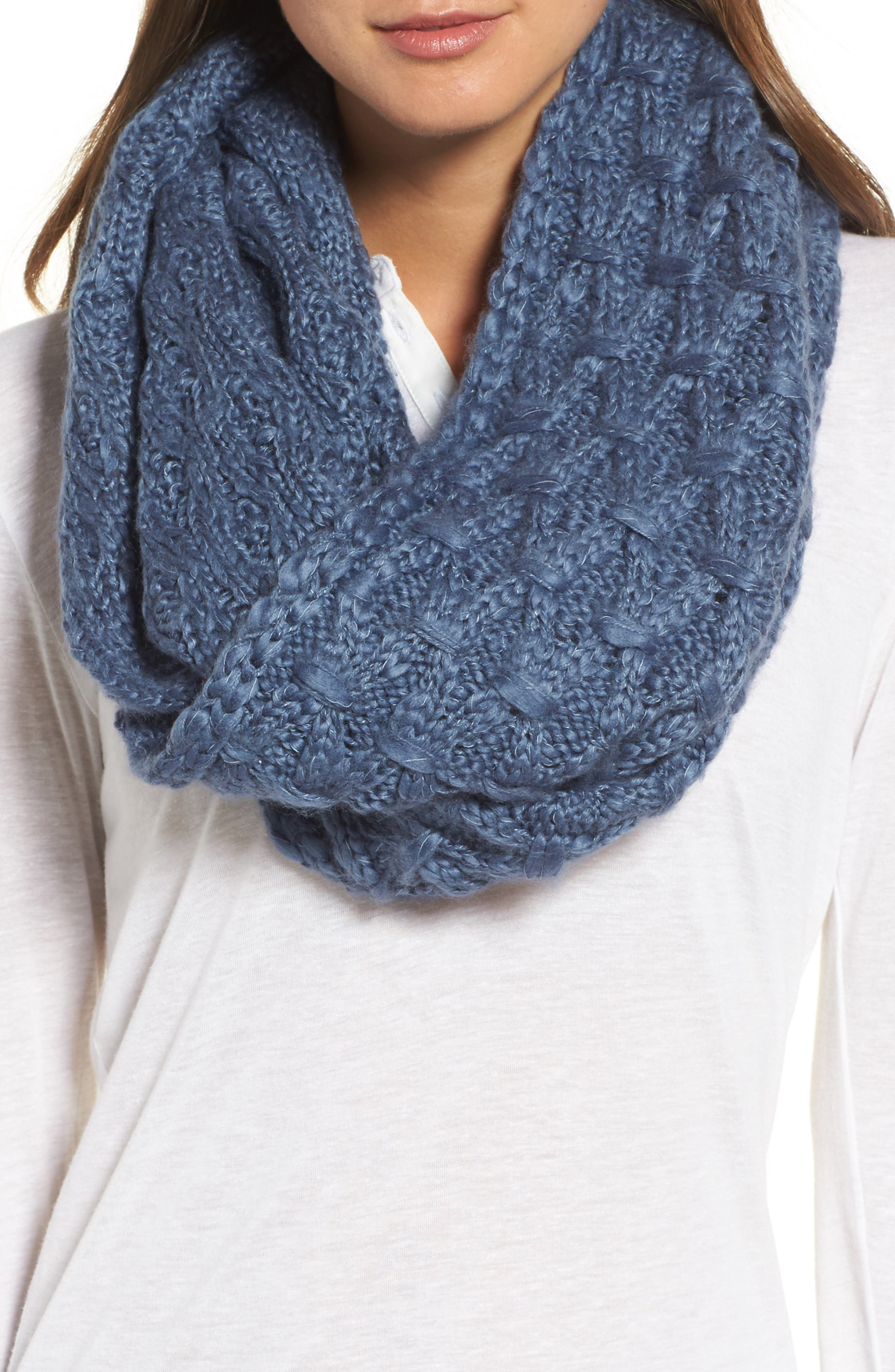 Solid Chunky Knit Infinity Scarf,                         Main,                         color, Blue Bijou