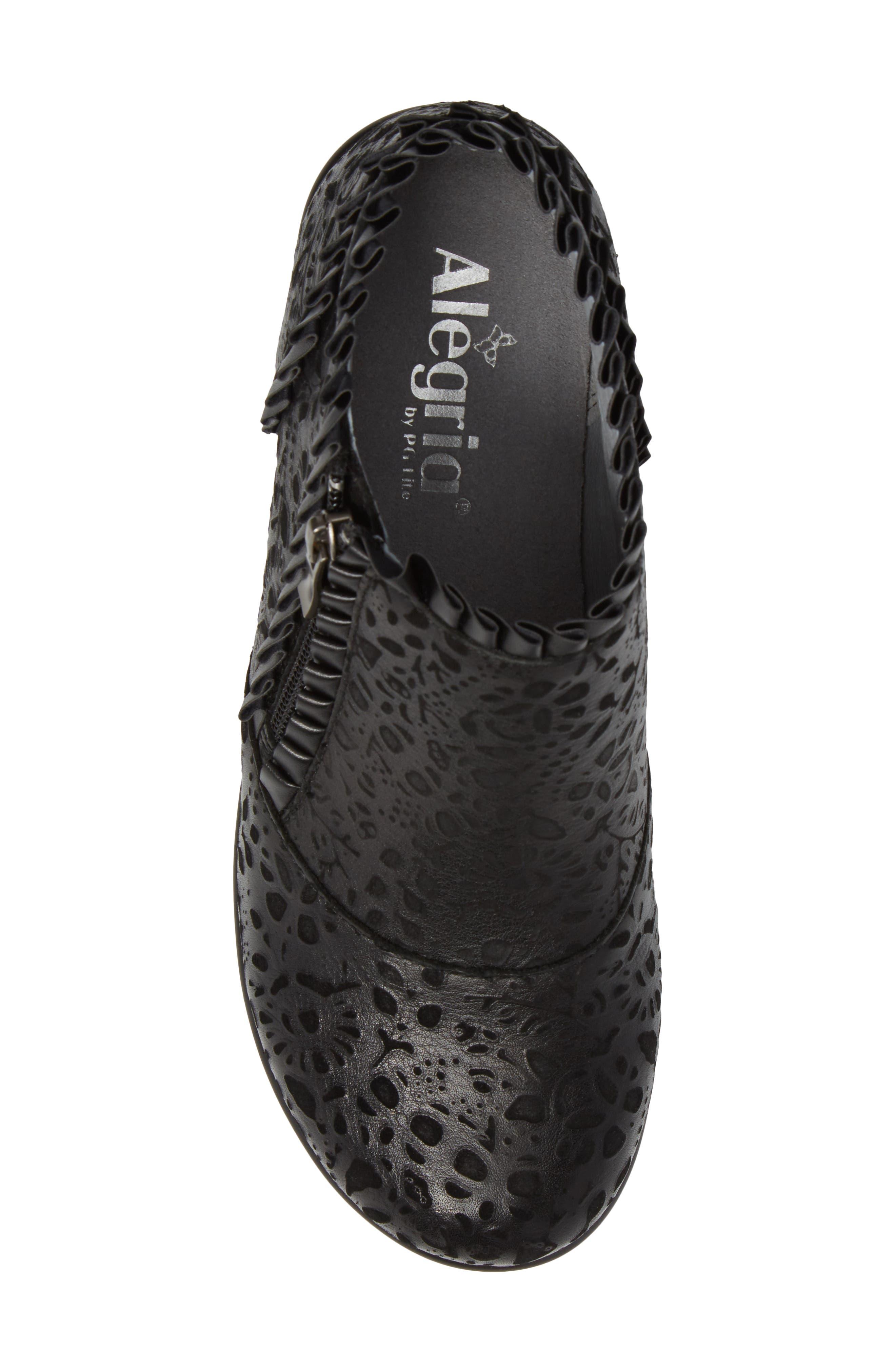 'Hannah' Saddle Boot,                             Alternate thumbnail 5, color,                             Delicut Leather
