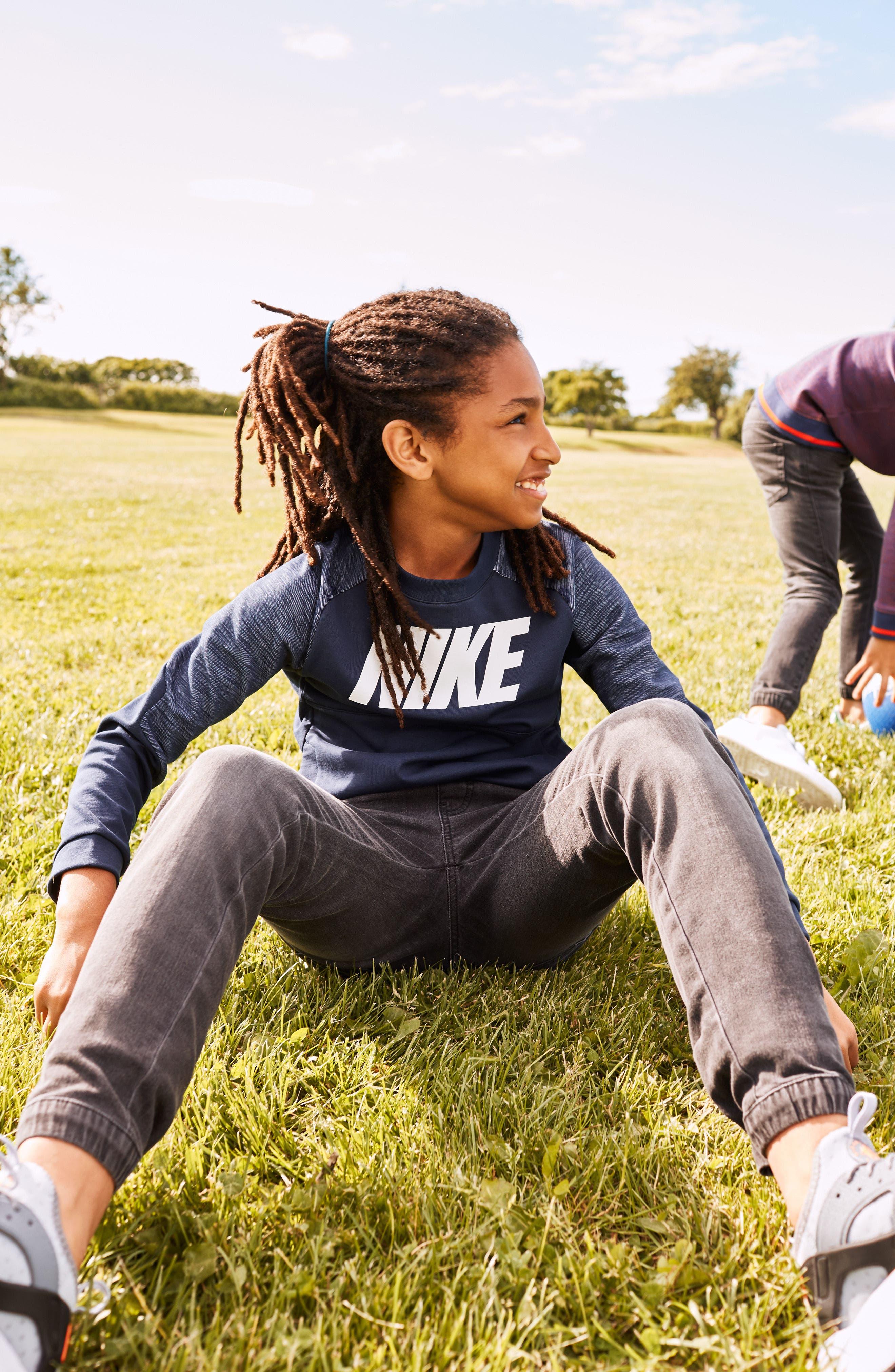 Alternate Image 3  - Nike Colorblock Raglan Logo Sweatshirt (Little Boys & Big Boys)