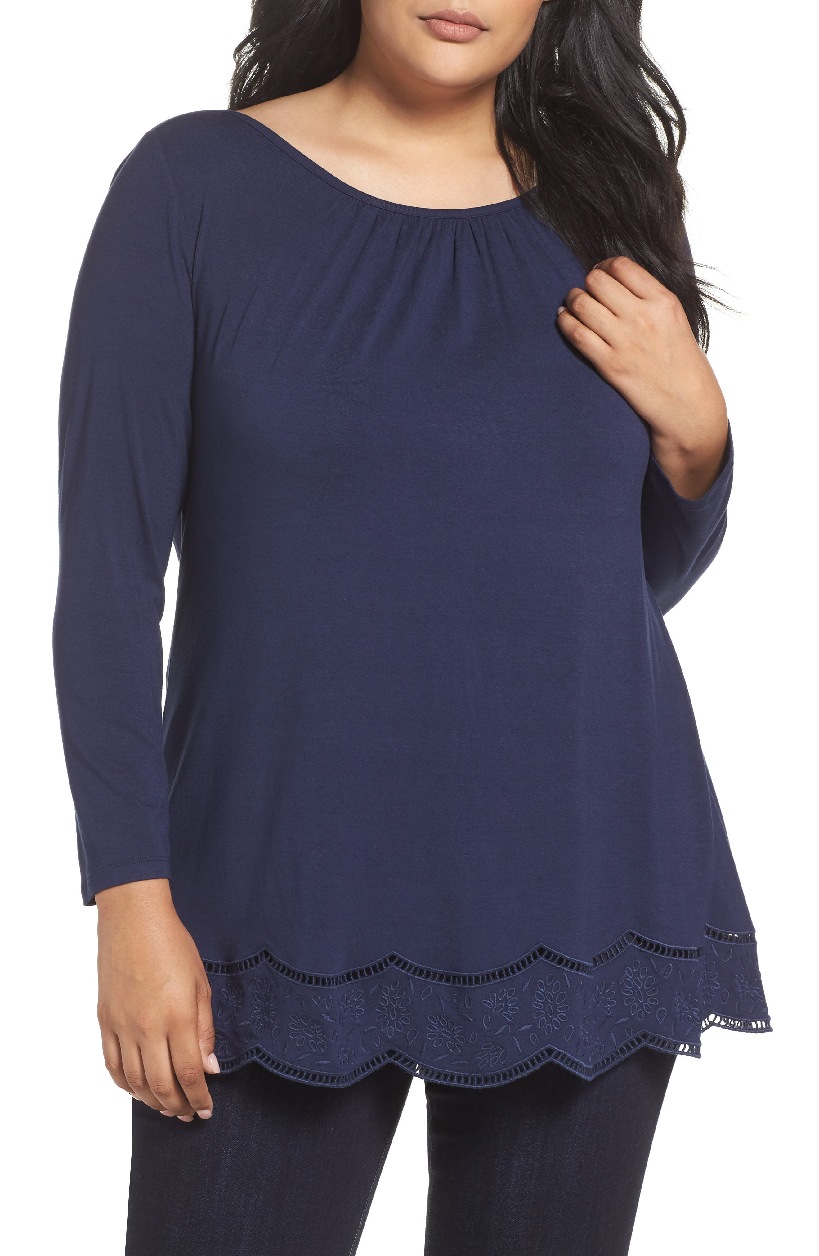 Daniel Rainn Scallop Trim Tee (Plus Size)