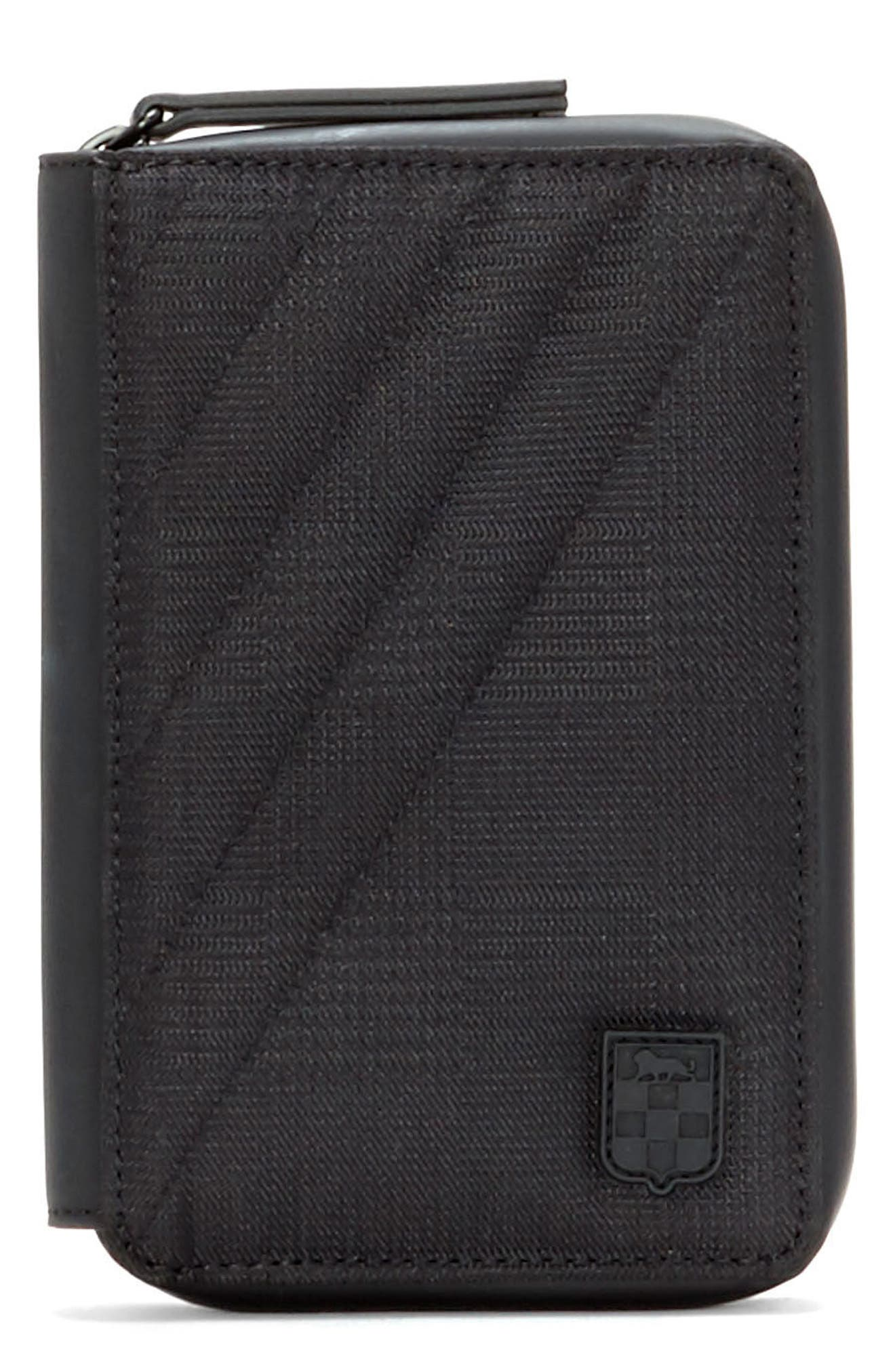 Vince Camuto Race Passport Case