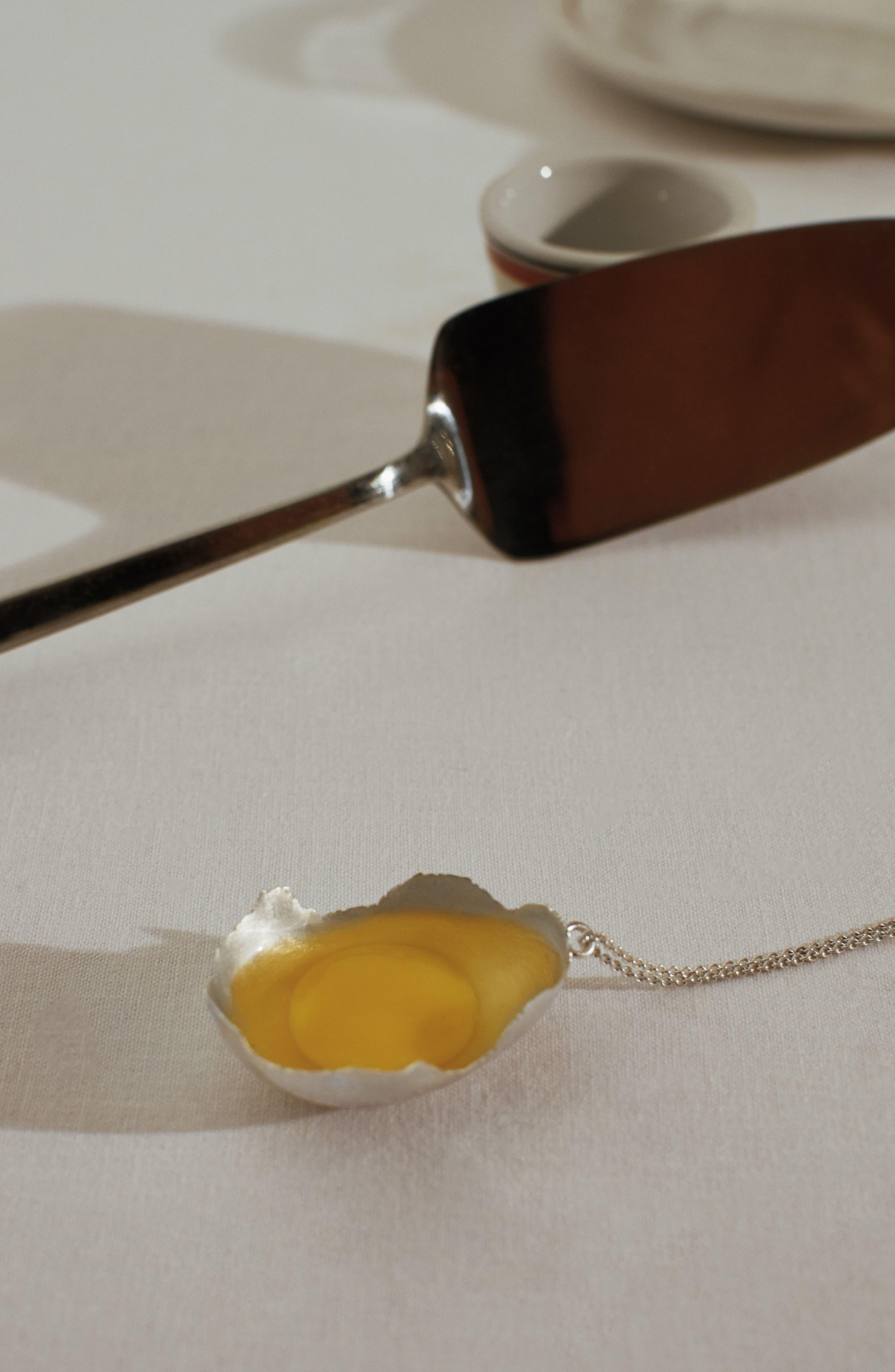 Alternate Image 4  - All Blues Quail Eggshell Half Silver Pendant Necklace