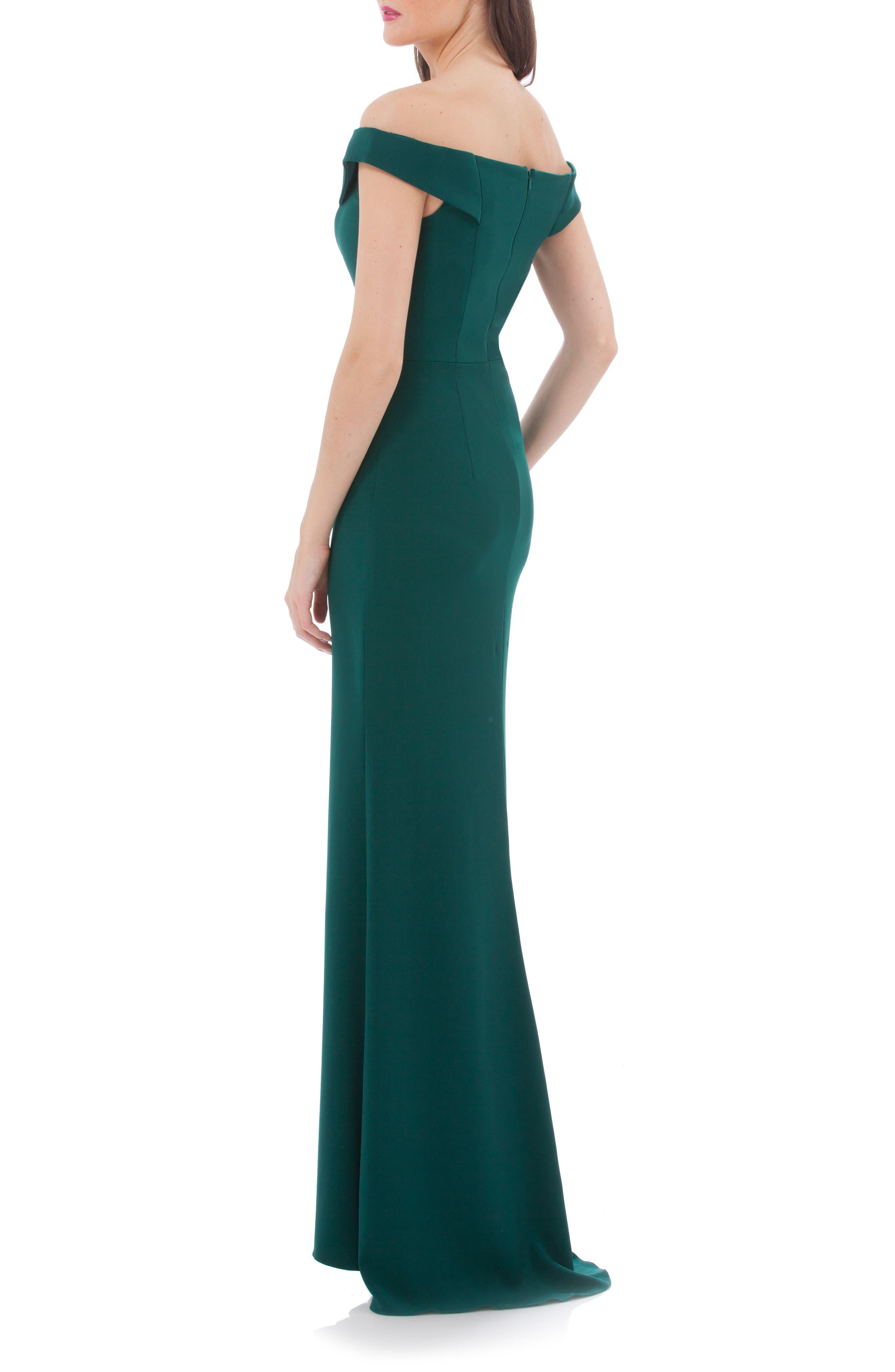 Alternate Image 2  - Carmen Marc Valvo Crepe Gown