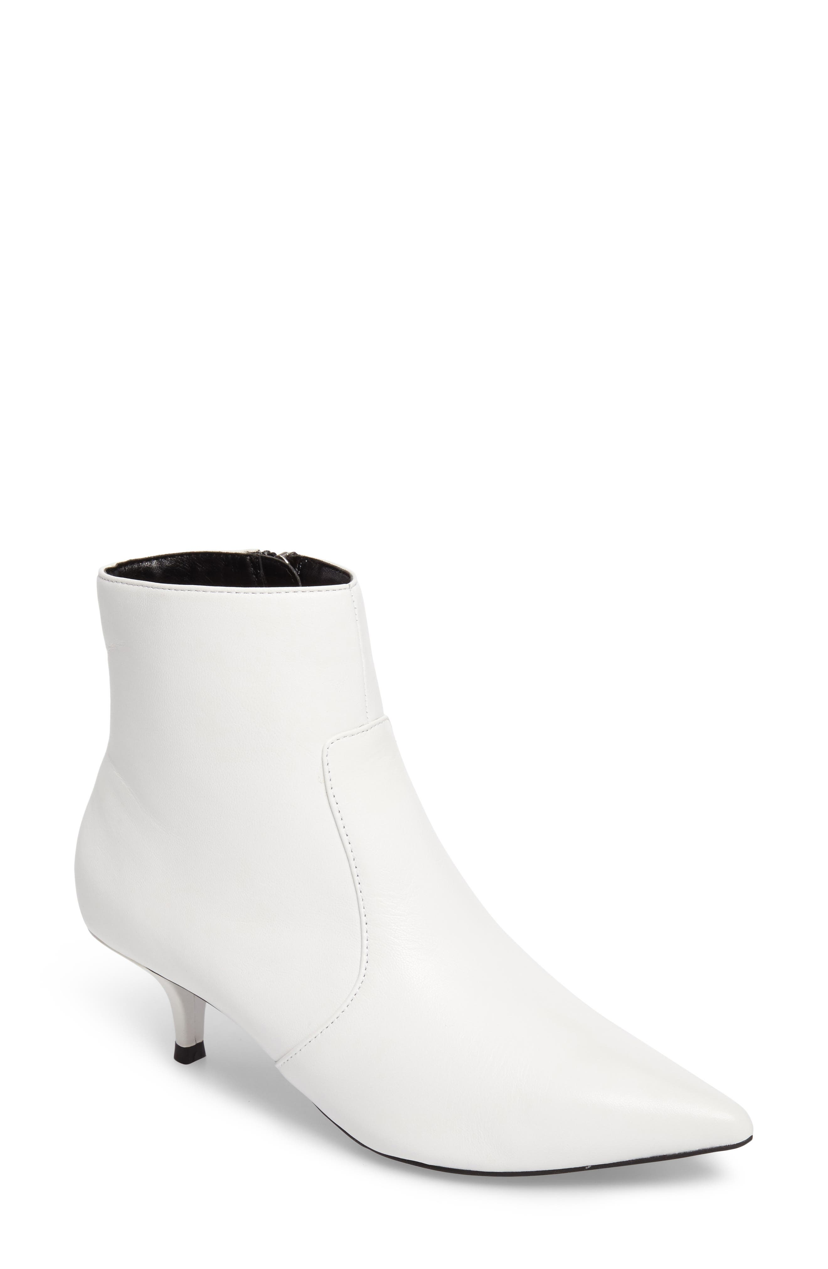 Alternate Image 1 Selected - Topshop Abba Pointy Toe Bootie (Women)
