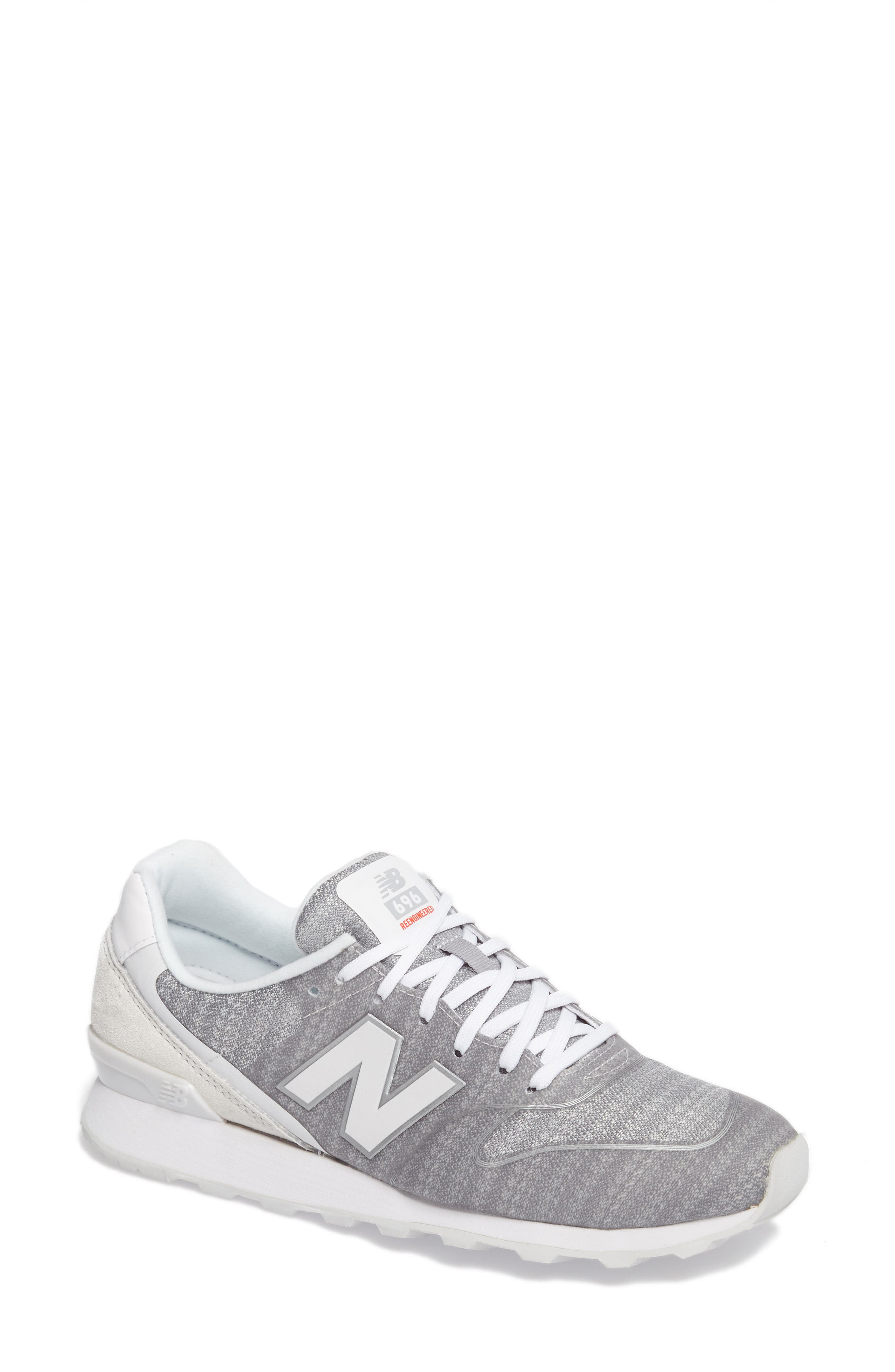 New Balance 696 Sneaker (Women)