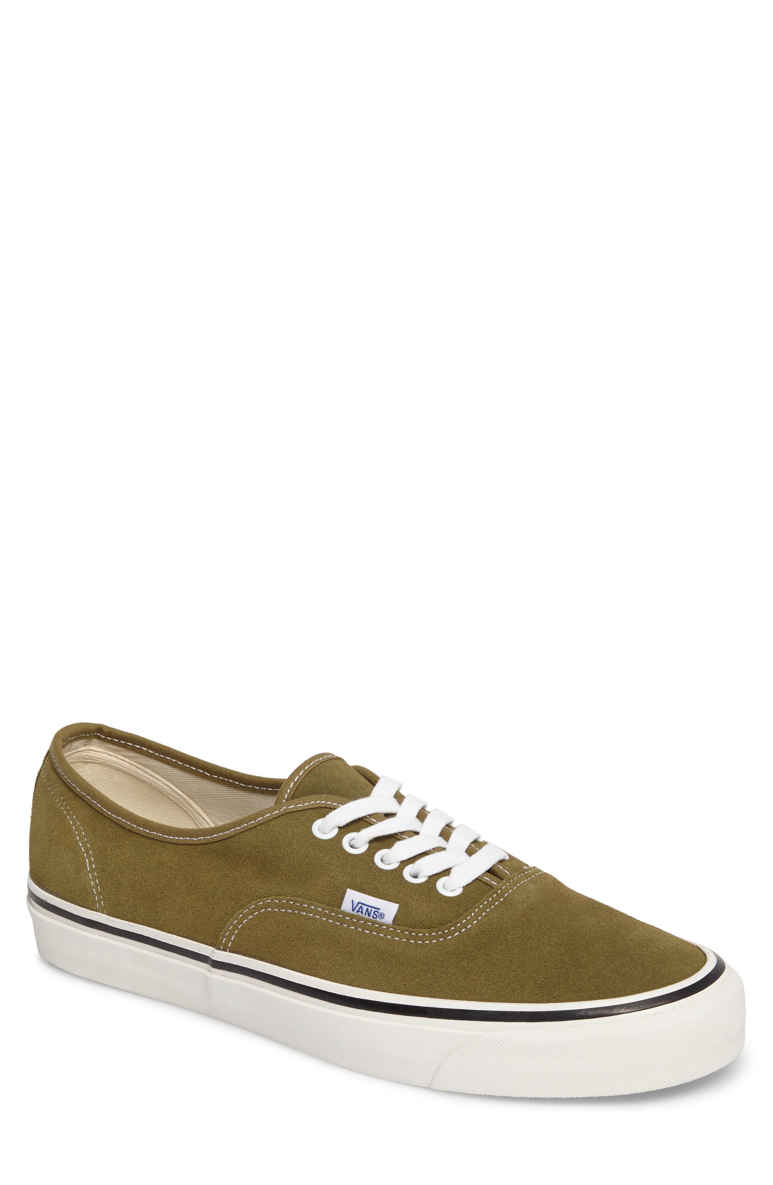 Vans UA Authentic 44 DX Sneaker (Men)