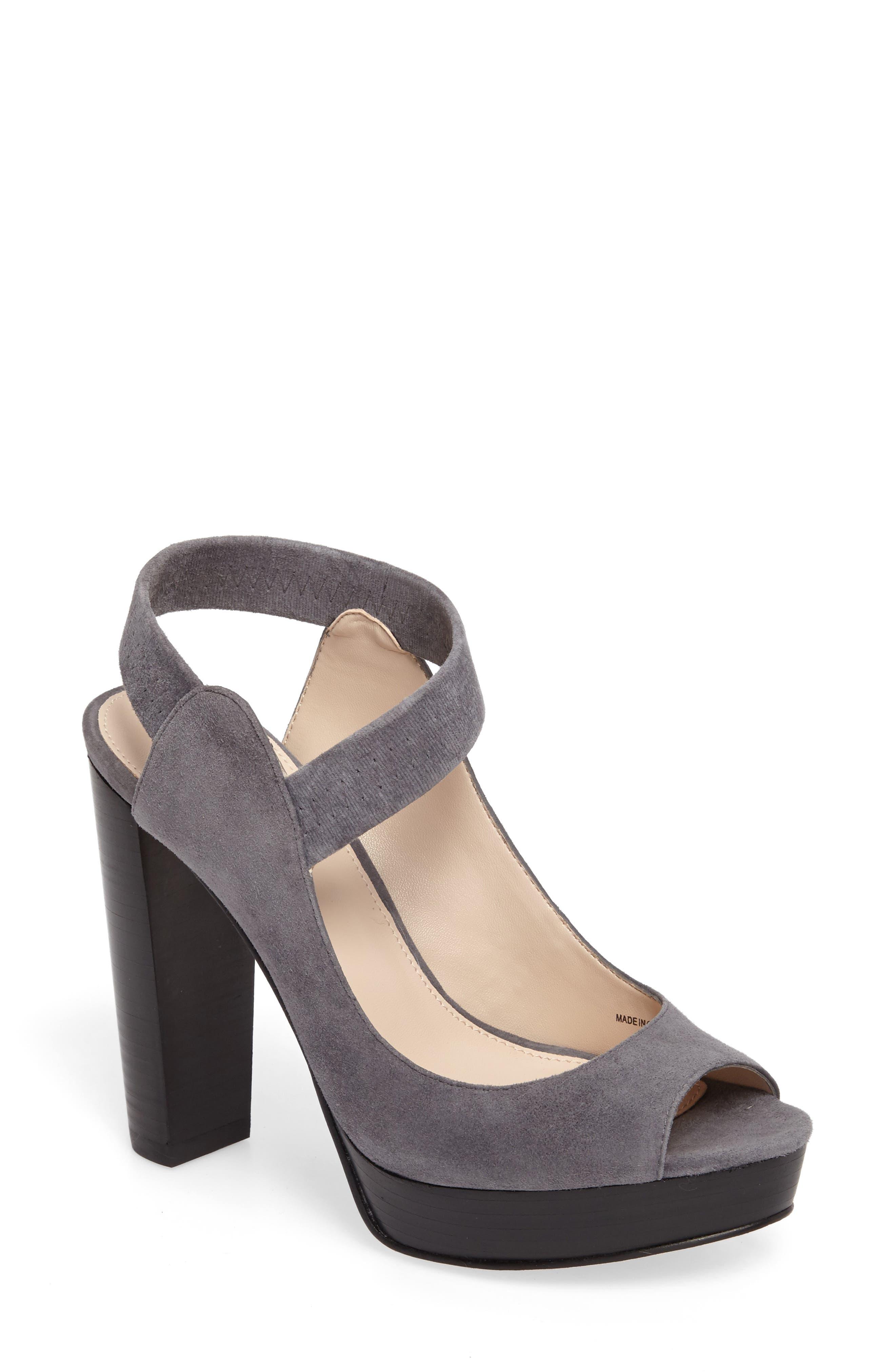 Pelle Moda Penelope Sandal (Women)