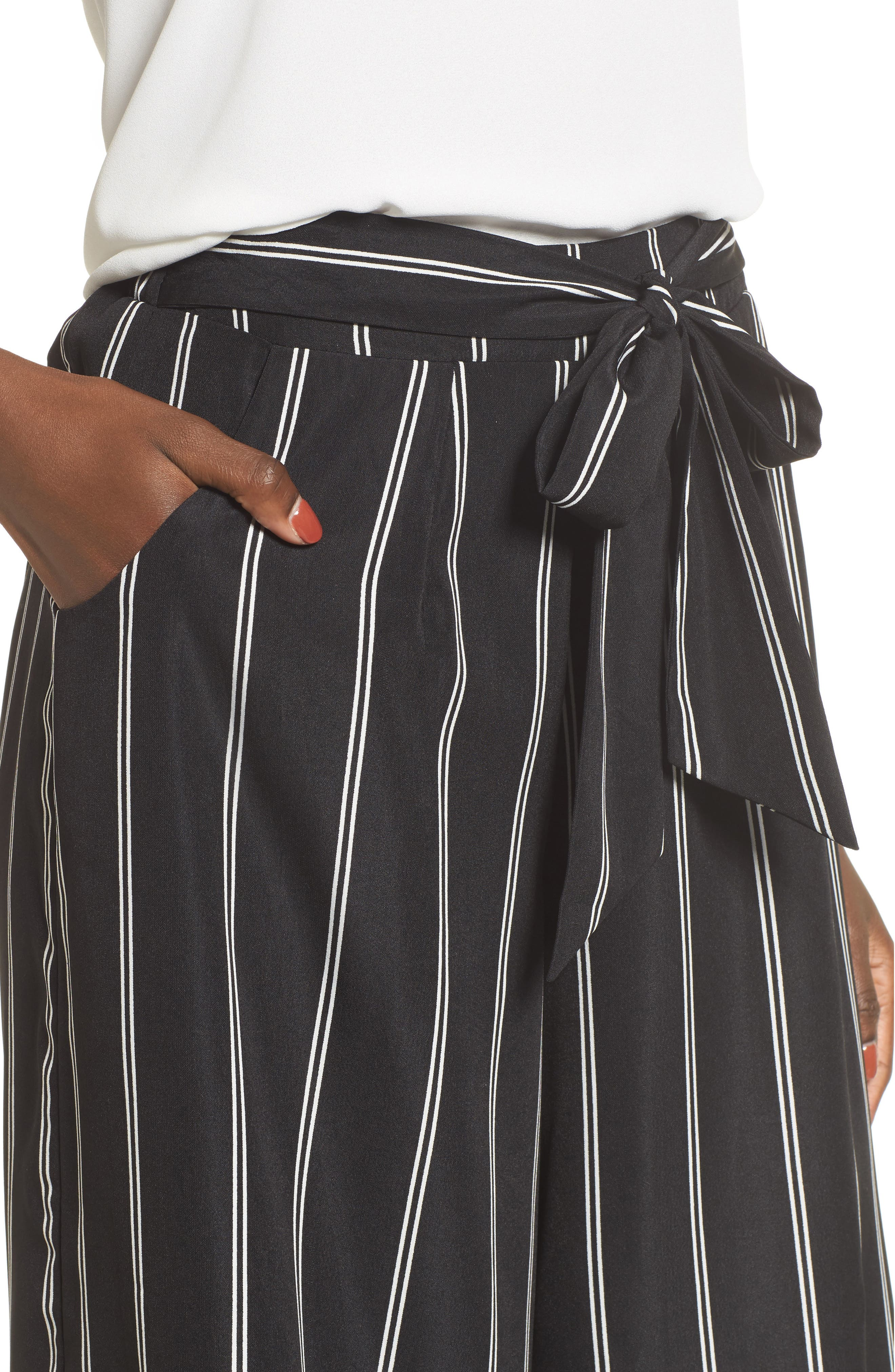 Alternate Image 4  - 4SI3NNA Stripe Tie Front Crop Pants