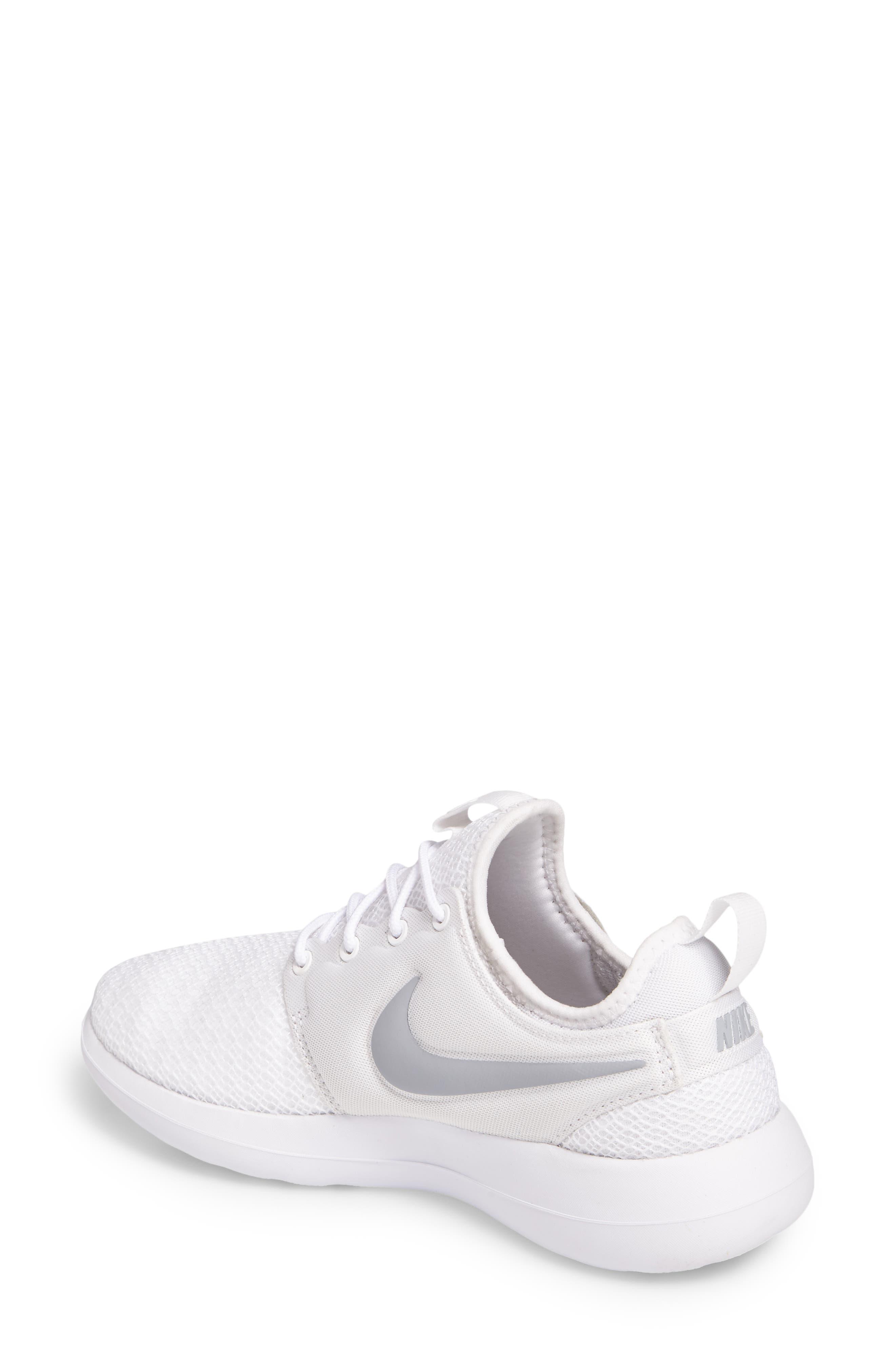 Alternate Image 2  - Nike Roshe Two Sneaker (Women)