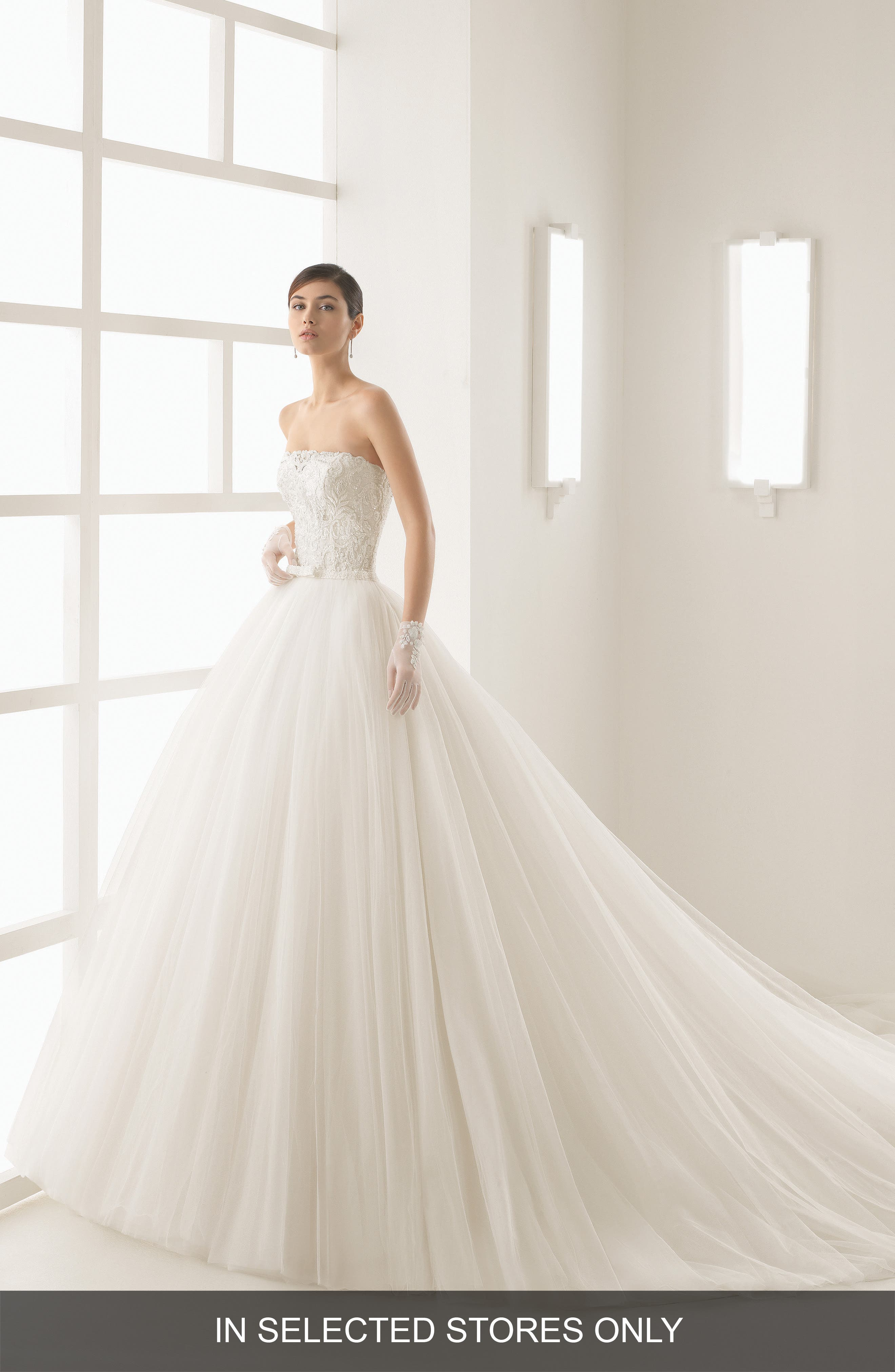 Beaded Lace & Tulle Strapless Gown,                         Main,                         color, Natural