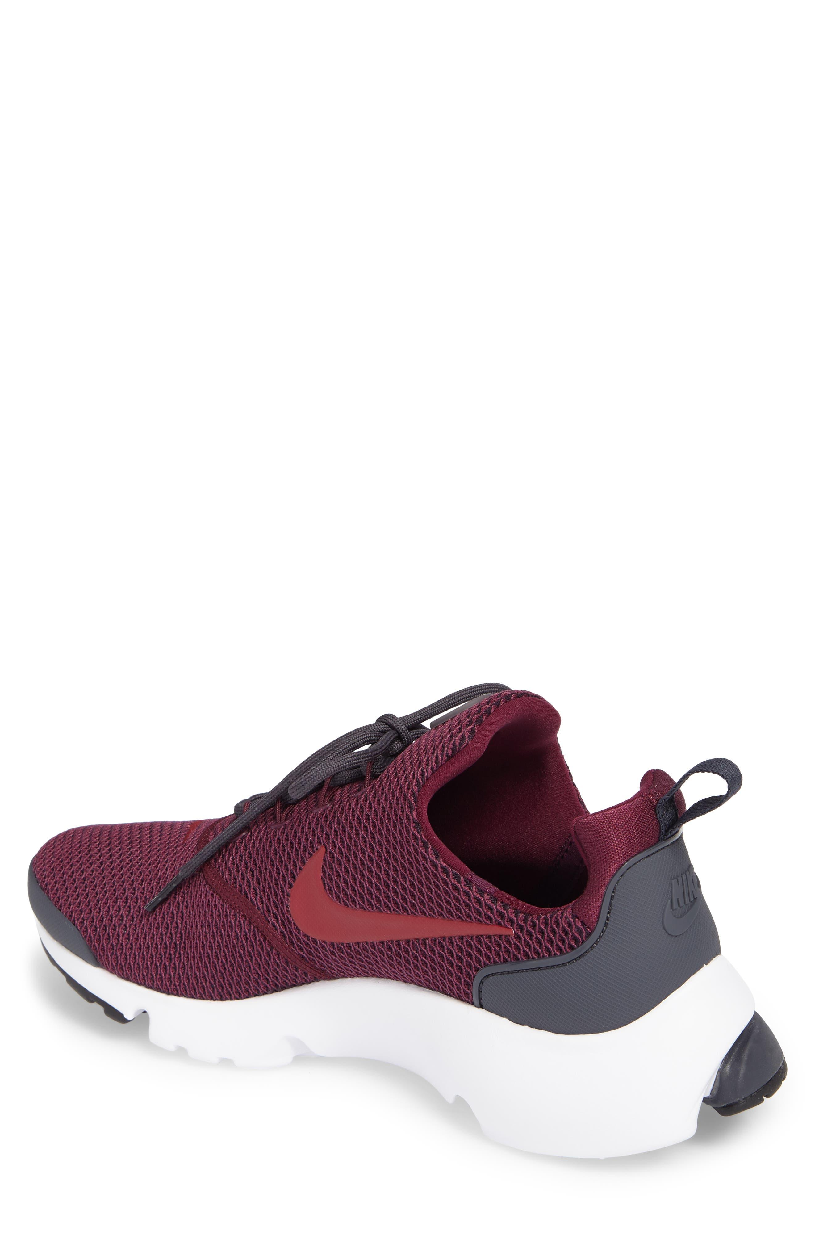 Alternate Image 2  - Nike Presto Fly SE Sneaker (Men)