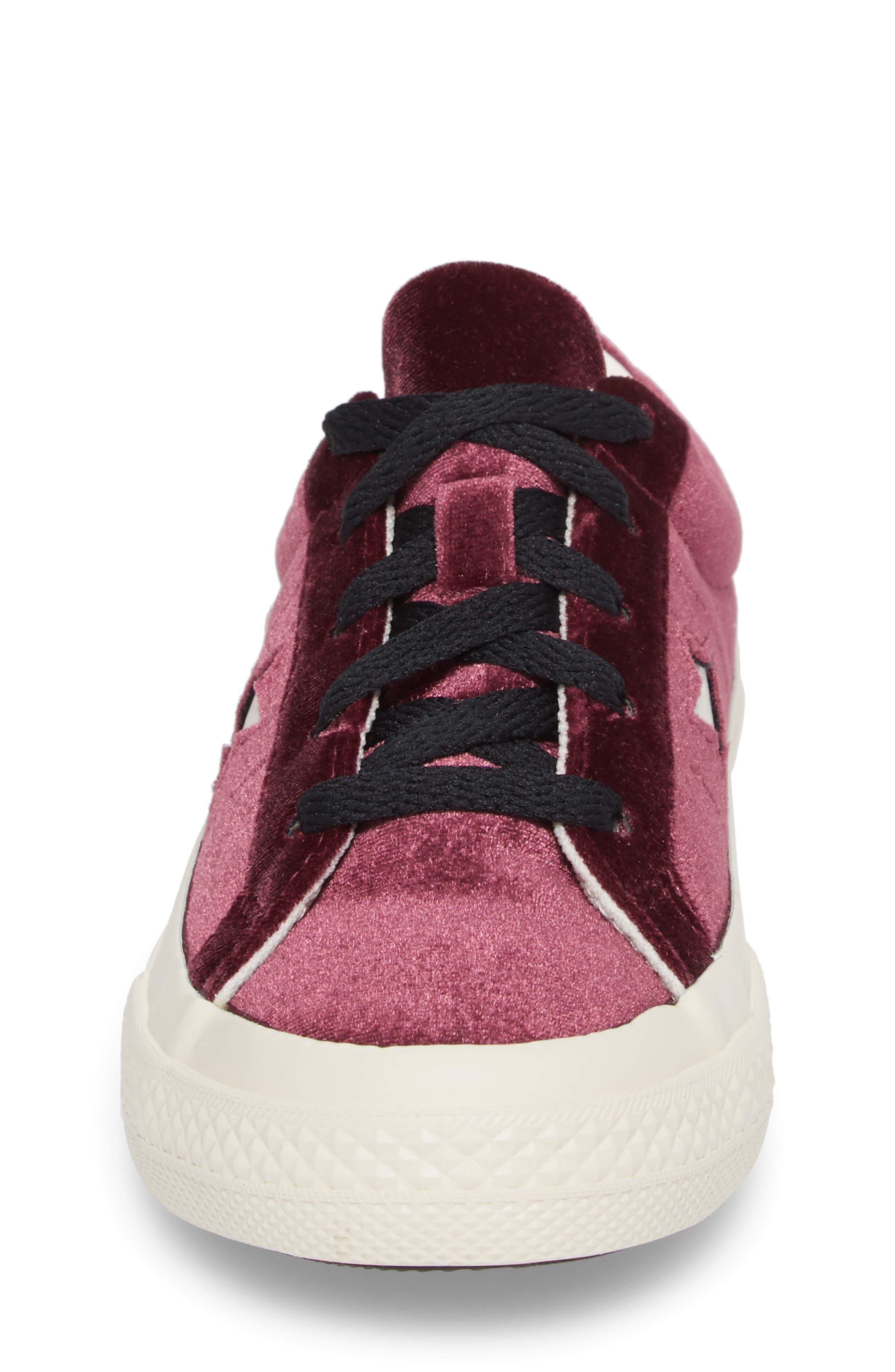 Chuck Taylor<sup>®</sup> All Star<sup>®</sup> One Star Velvet Platform Sneaker,                             Alternate thumbnail 4, color,                             Sangria Velvet