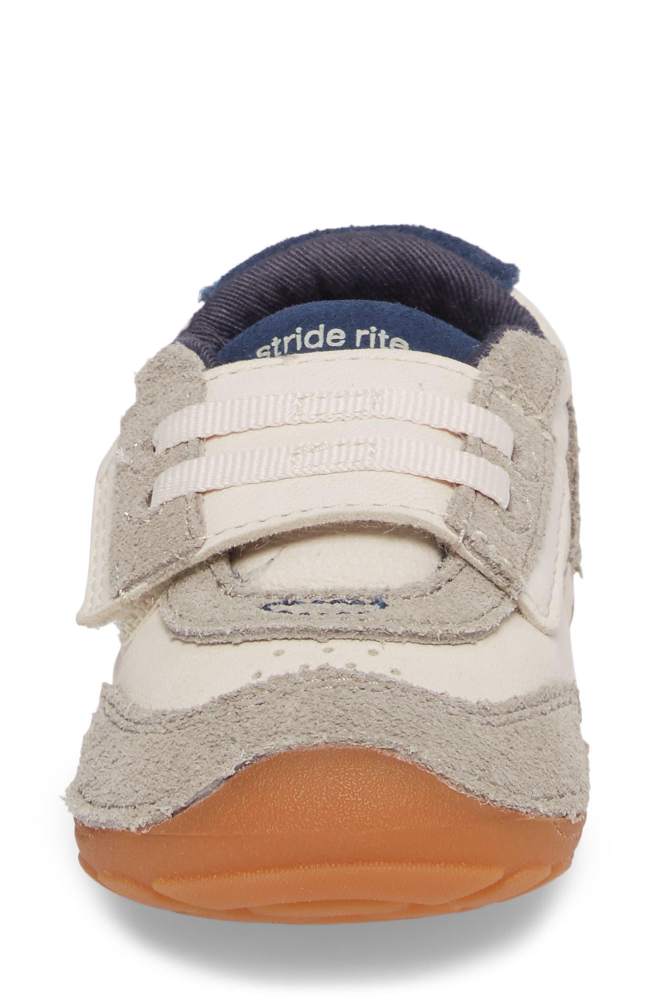 Soft Motion SRT Wyatt Sneaker,                             Alternate thumbnail 4, color,                             Stone Leather