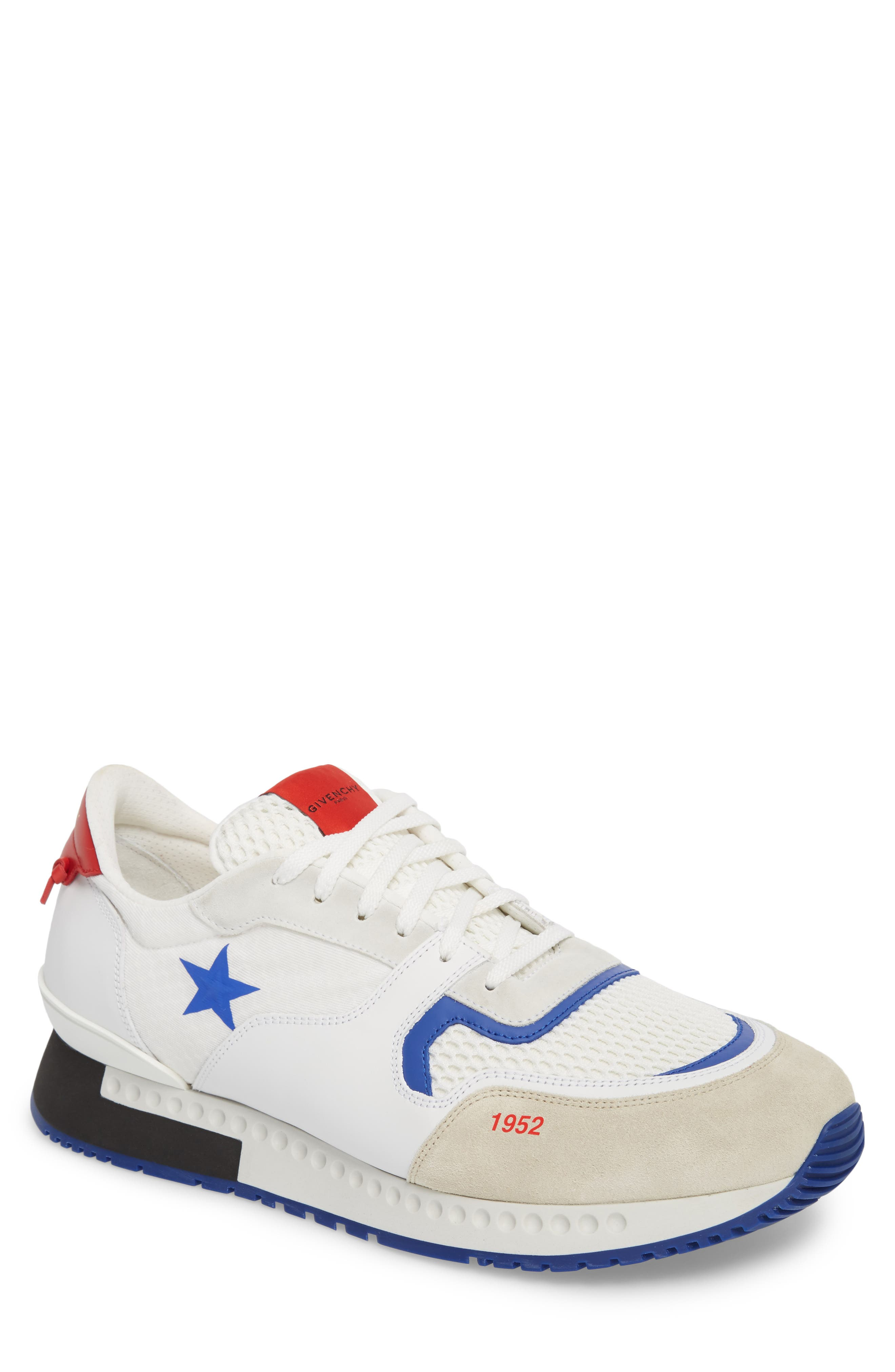 Givenchy  1952 STAR ACTIVE RUNNER SNEAKER
