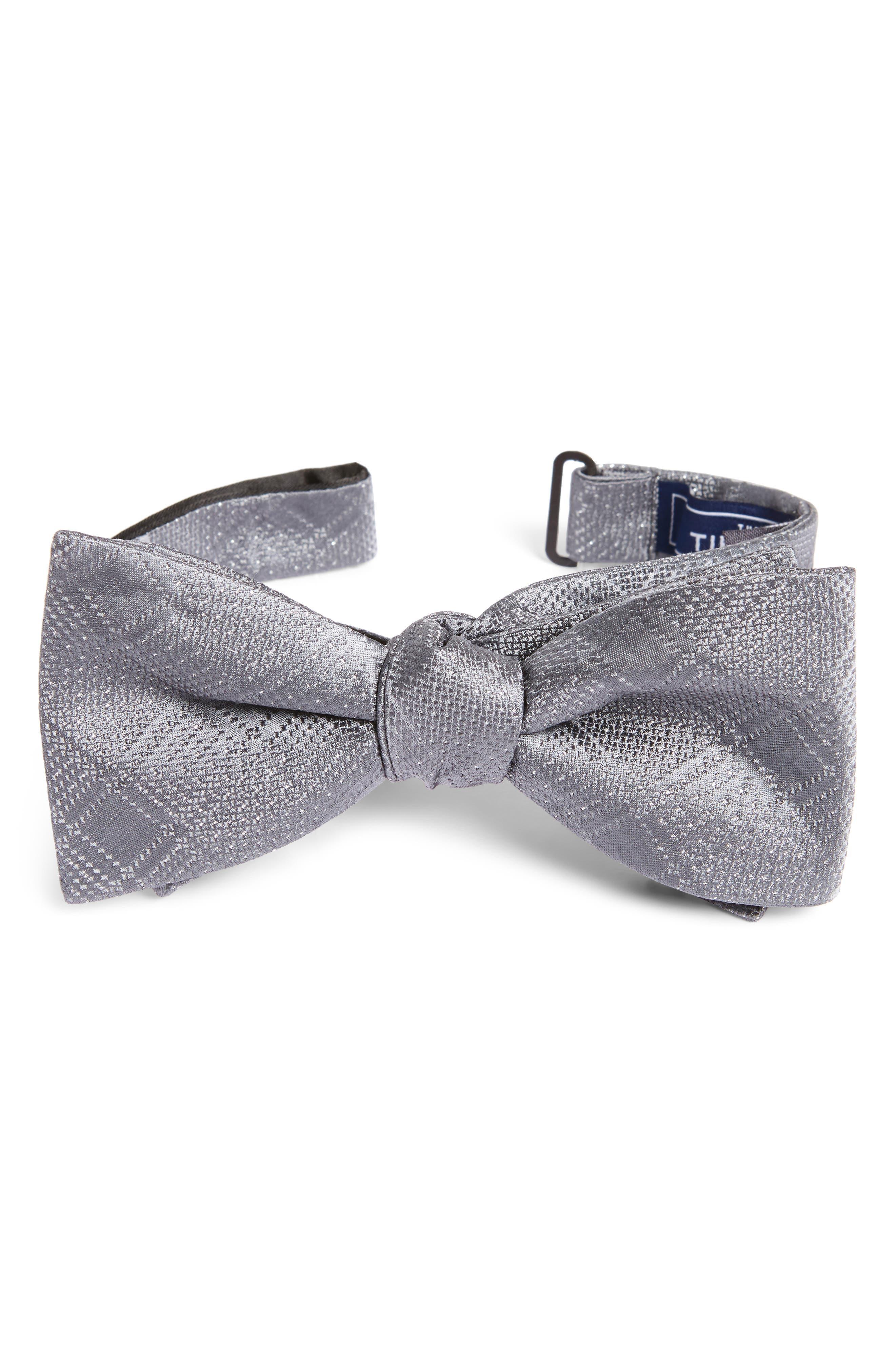City Block Silk Bow Tie,                         Main,                         color, Silver