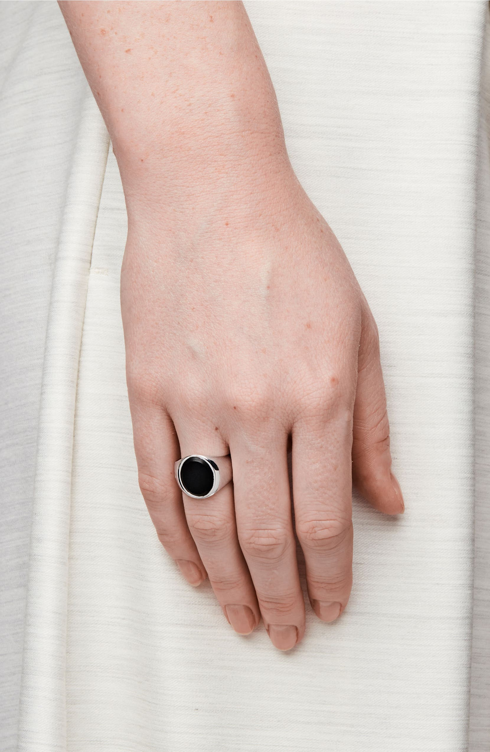 Tom Wood Patriot Collection Oval Black Onyx Signet Ring | Nordstrom