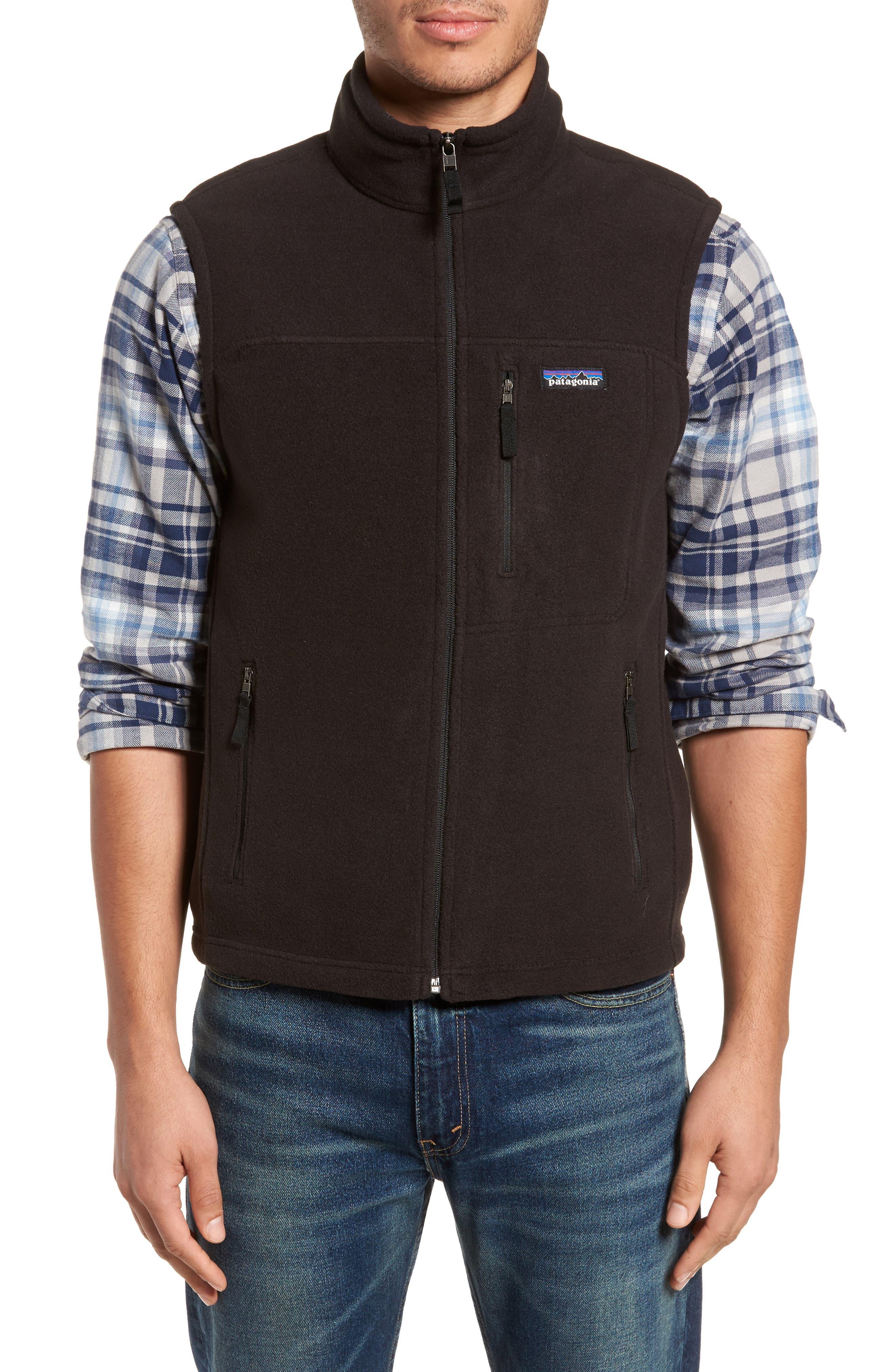 Classic Synchilla<sup>®</sup> Fleece Vest,                             Alternate thumbnail 4, color,                             Black