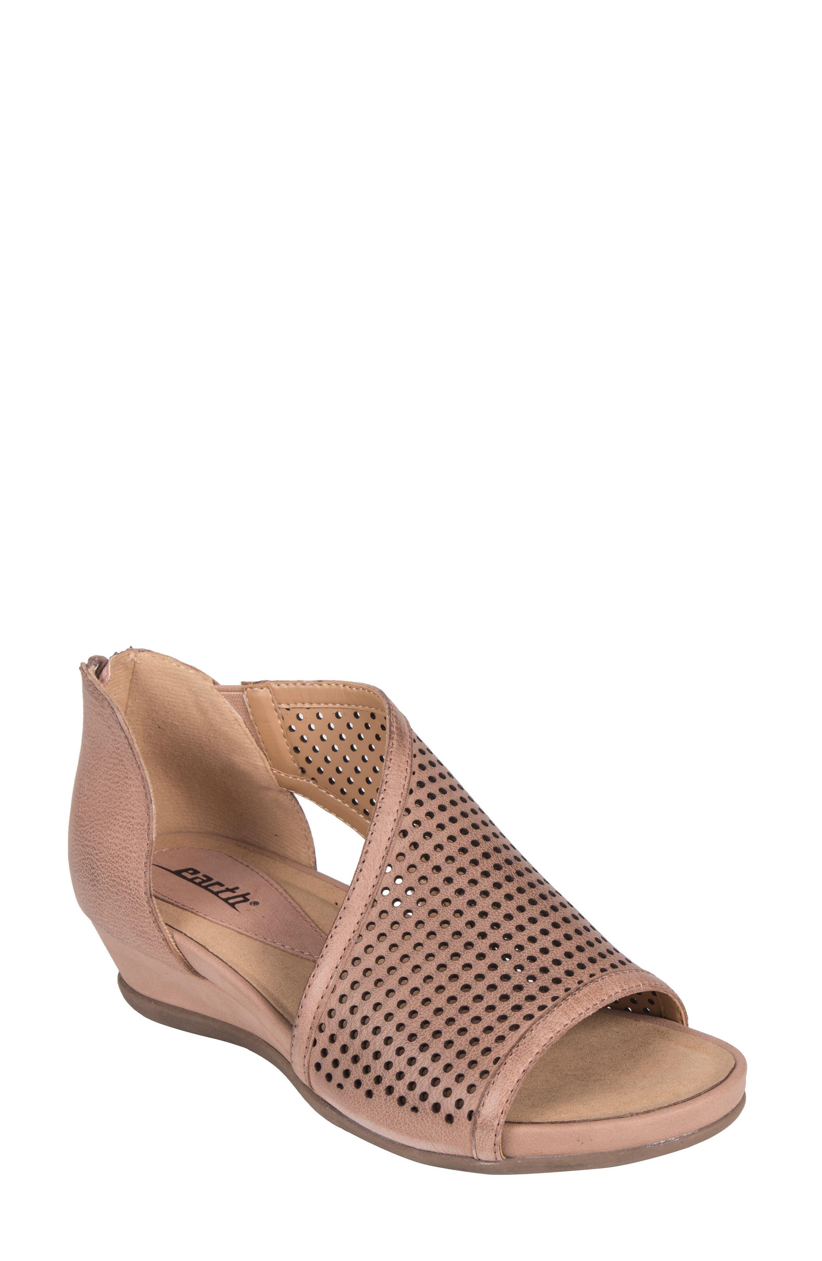 Earth® Sandal (Women)