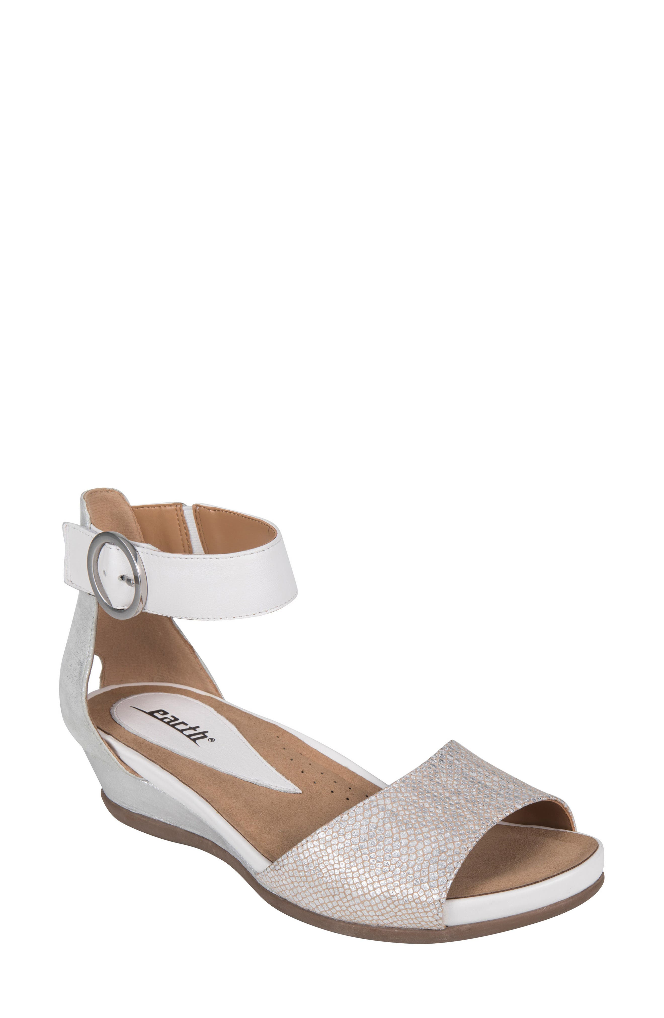 Earth® Hera Sandal (Women)
