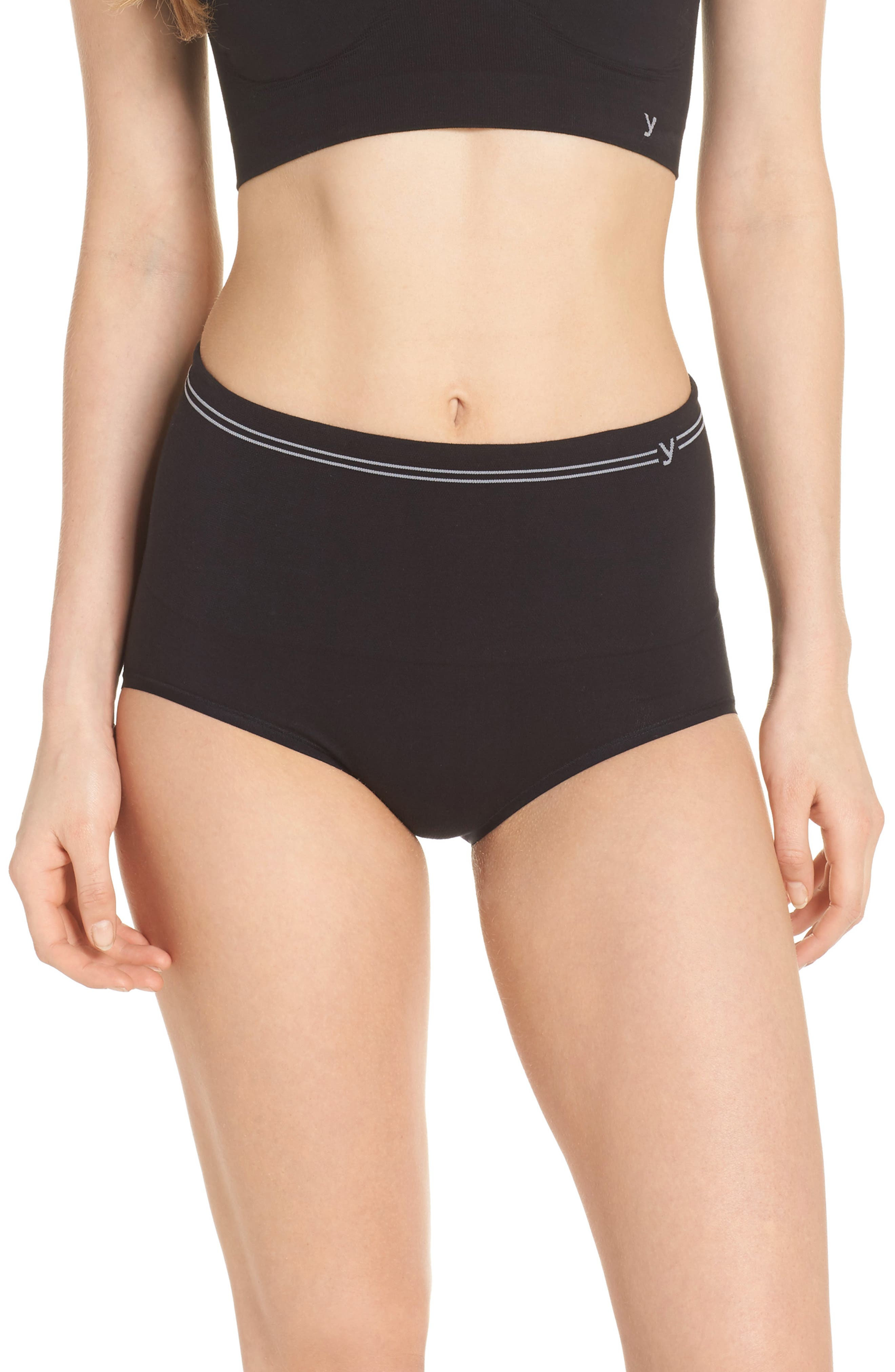 Seamless Shaping Briefs,                         Main,                         color, Black