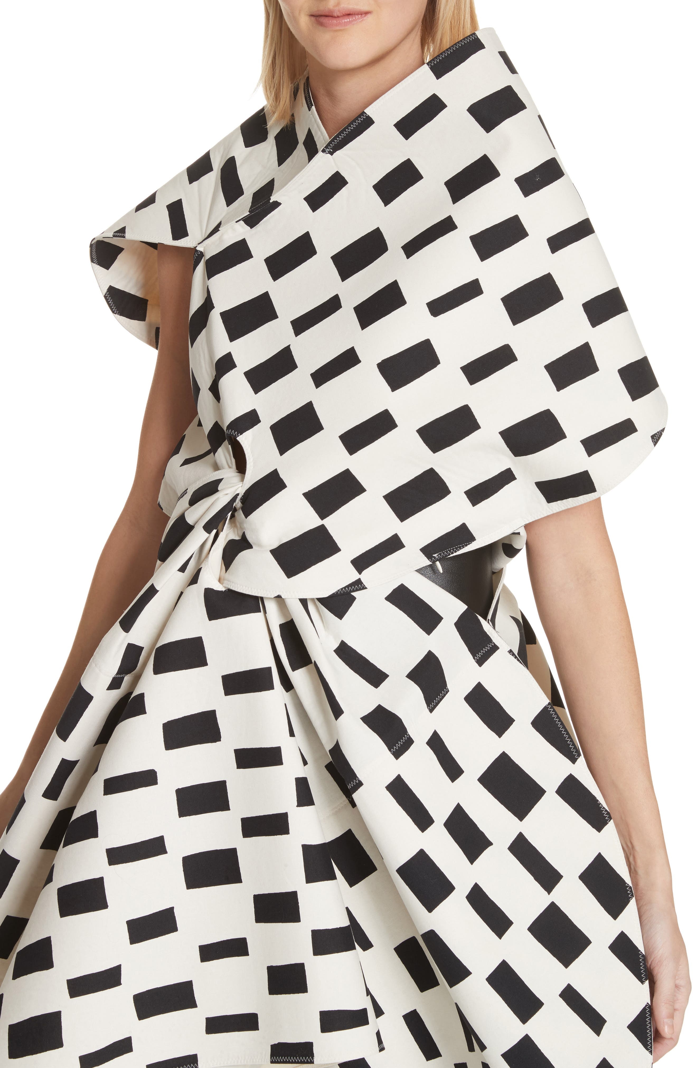 Interweave Geo Print Dress,                             Alternate thumbnail 4, color,                             Off White/ Black
