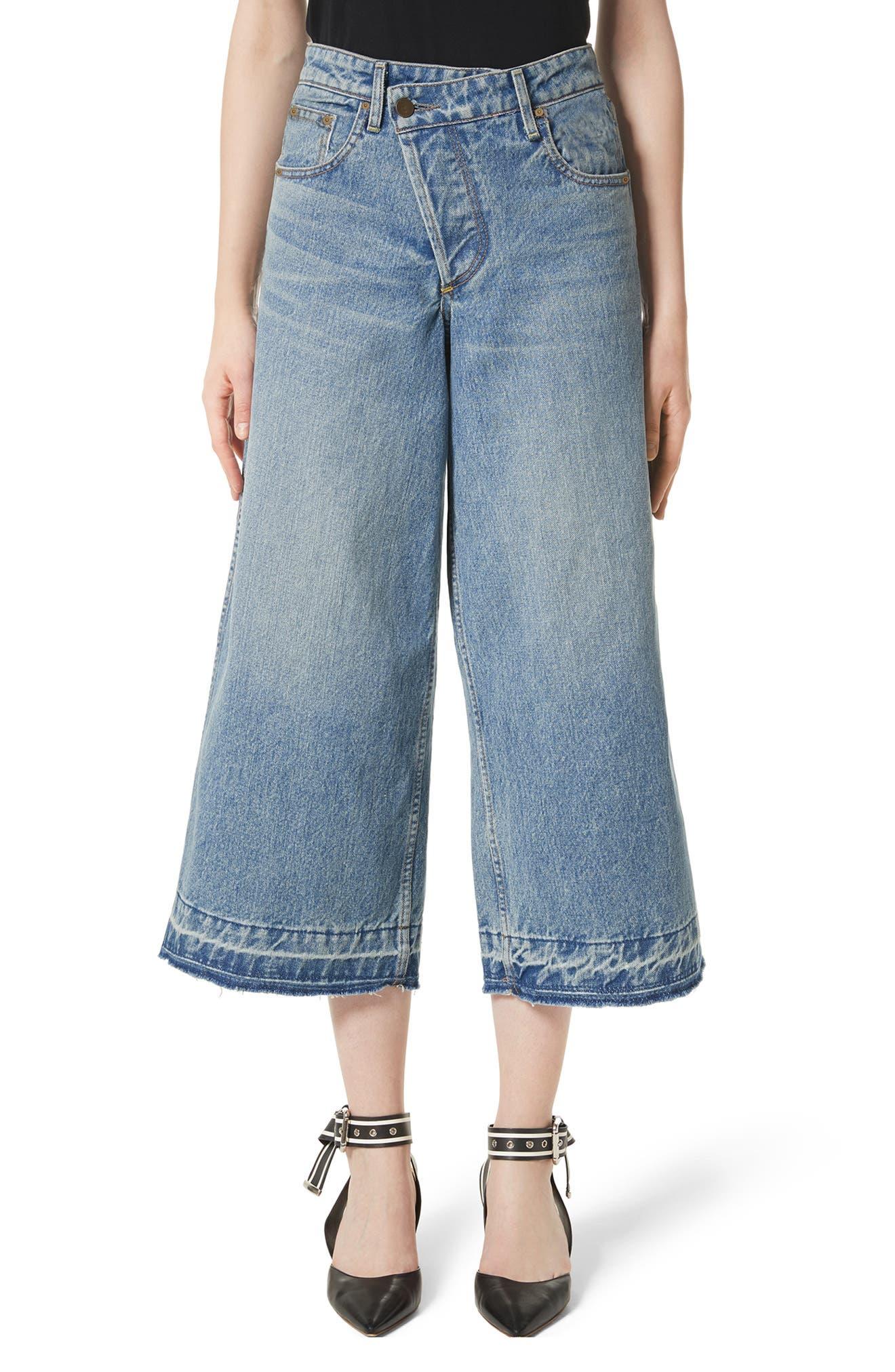 Shifted Zip Crop Wide Leg Jeans,                         Main,                         color, Blue