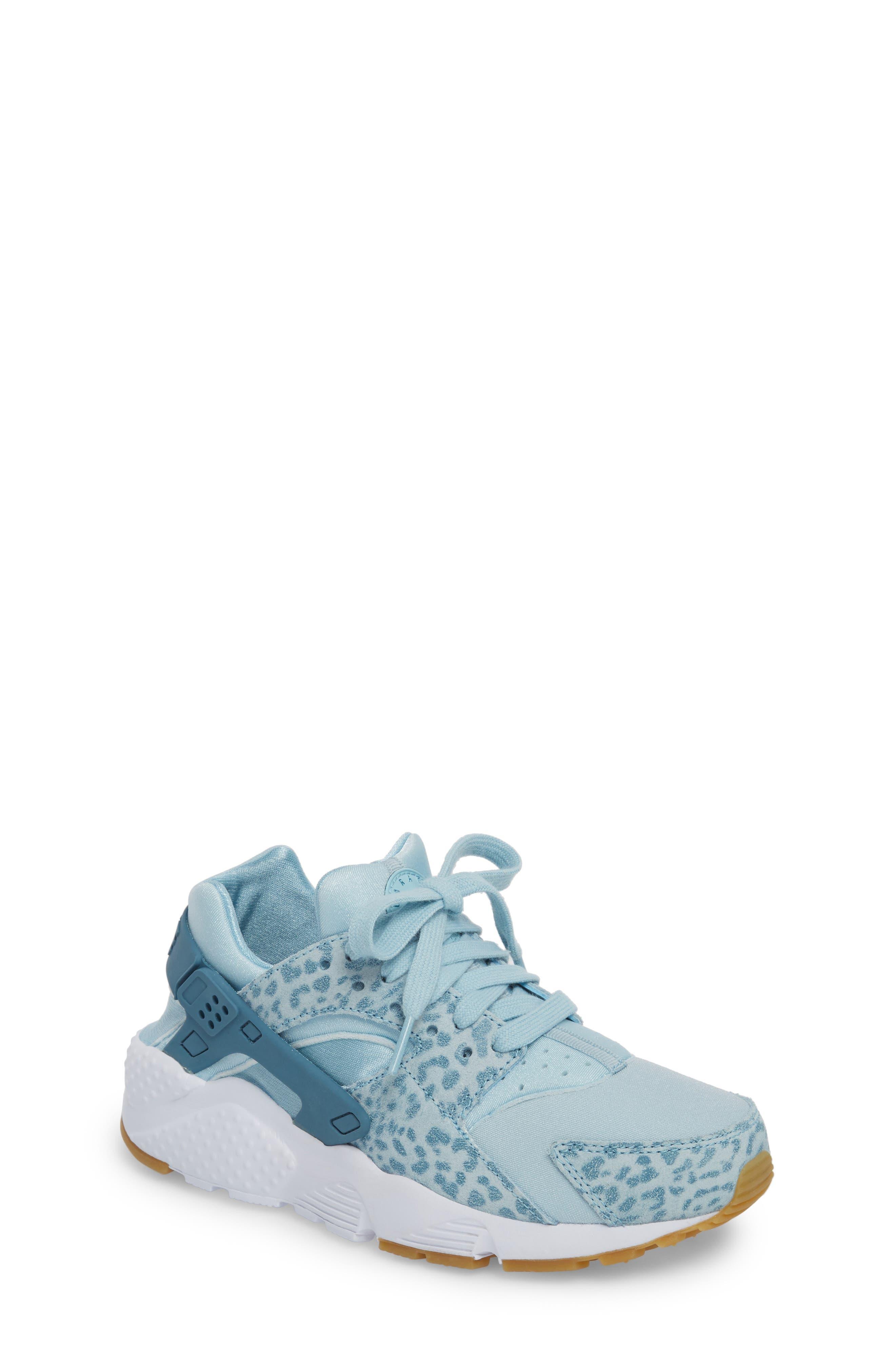 Alternate Image 1 Selected - Nike Huarache Run SE Sneaker (Baby, Walker, Toddler, Little Kid & Big Kid)