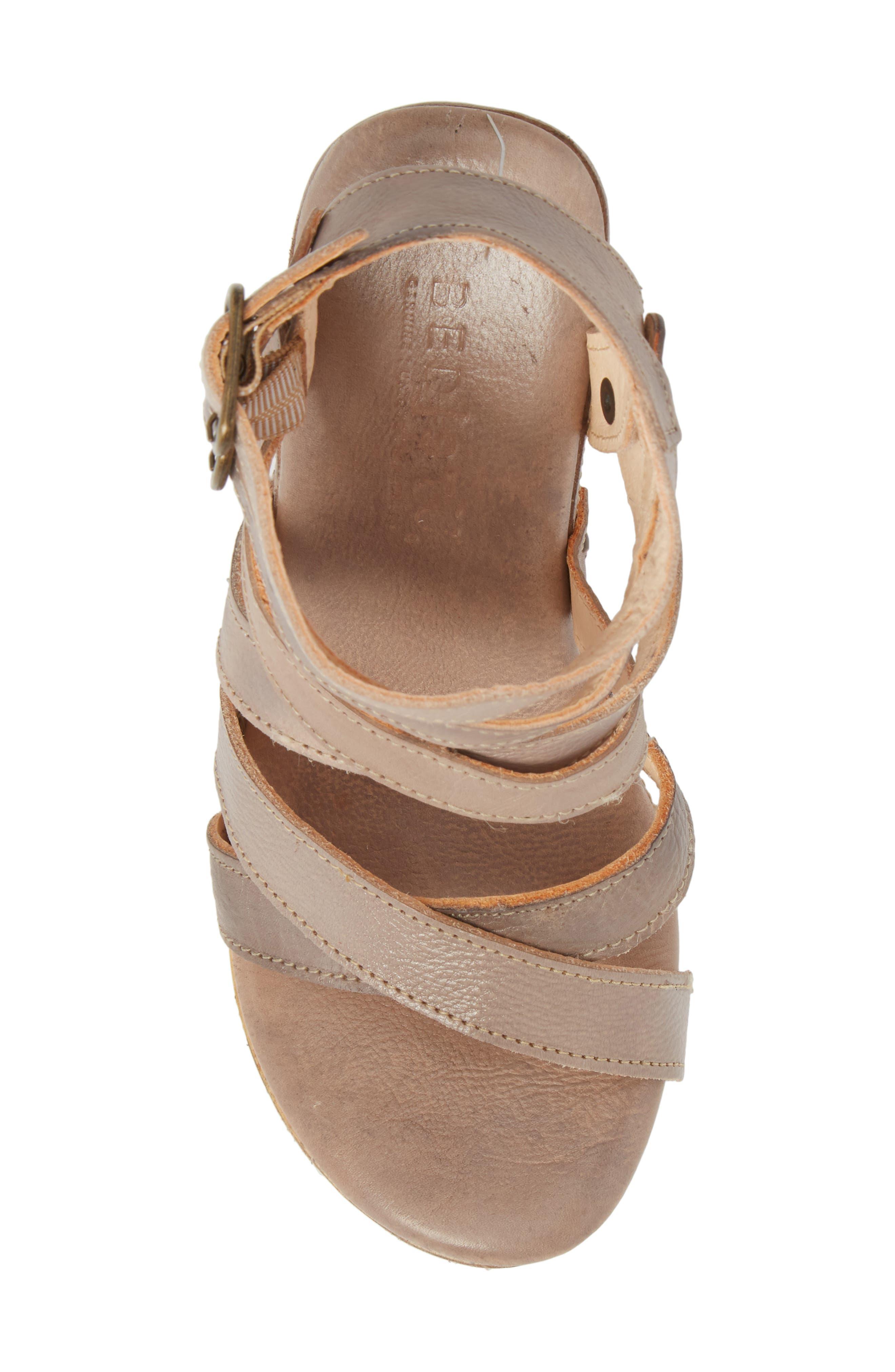 'Juliana' Sandal,                             Alternate thumbnail 5, color,                             Light Grey Leather