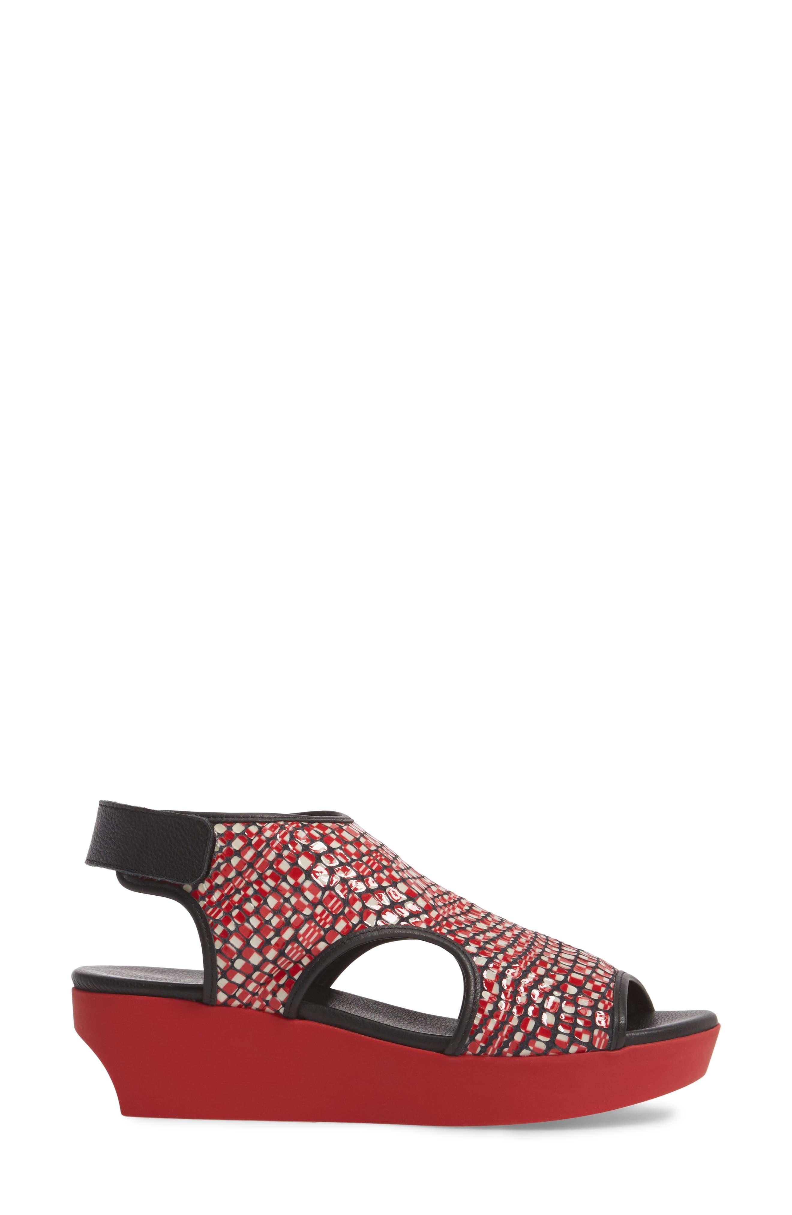 Naka Popa Wedge Sandal,                             Alternate thumbnail 3, color,                             Noir/ Rosso Leather
