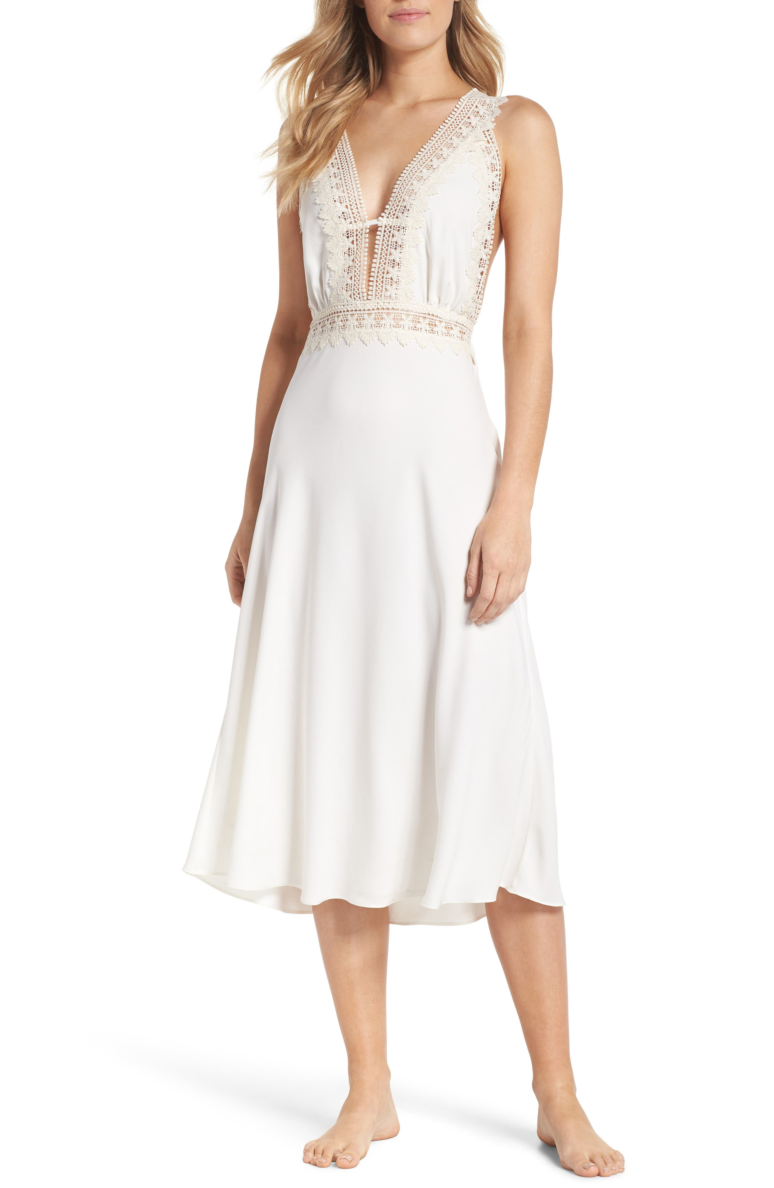 Flora Nikrooz Blythe Nightgown