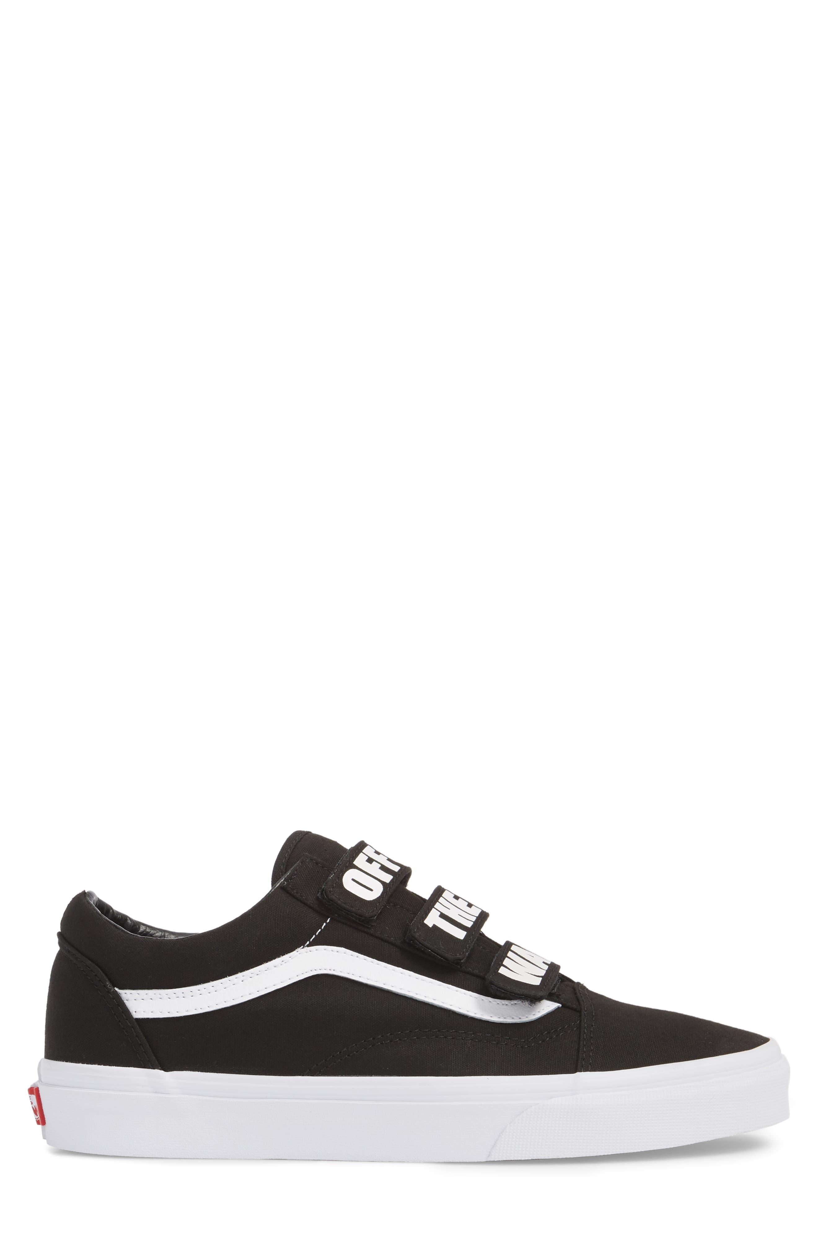 Off the Wall Old Skool V Sneaker,                             Alternate thumbnail 3, color,                             Black/ True White