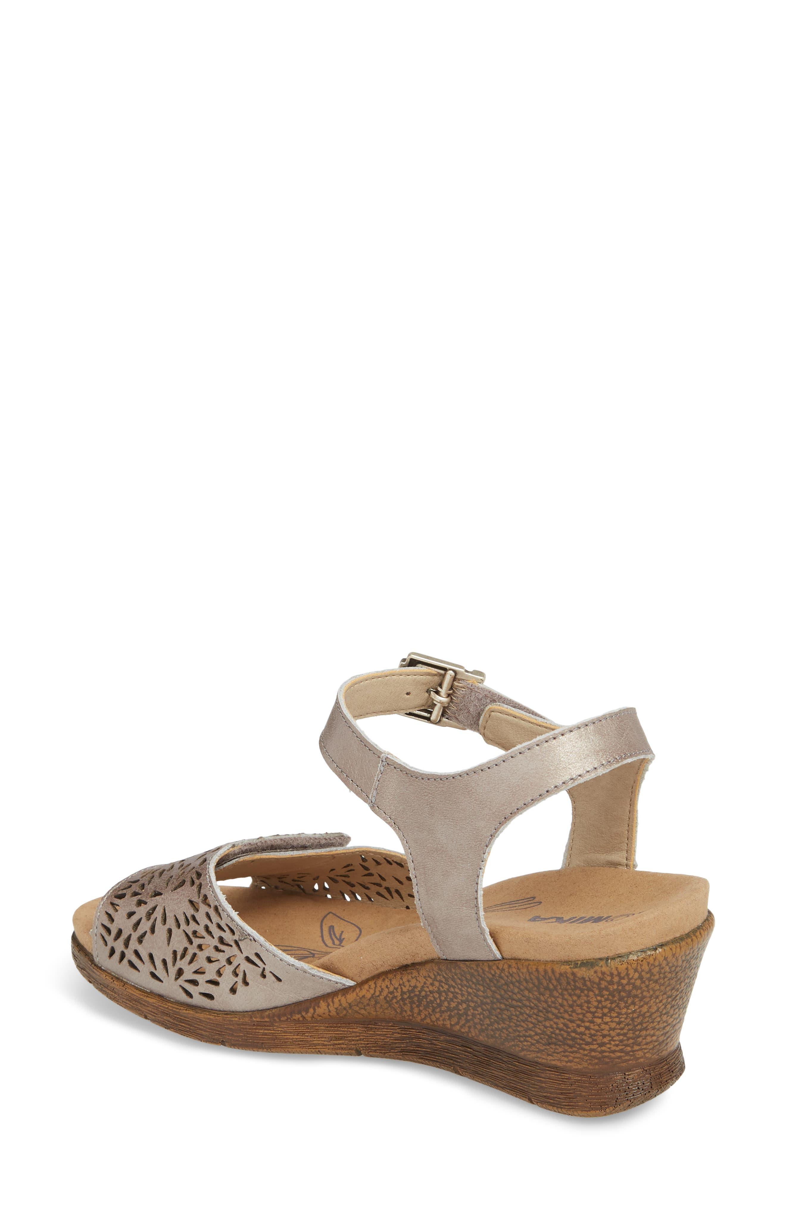 Nevis 05 Sandal,                             Alternate thumbnail 2, color,                             Platinum Leather