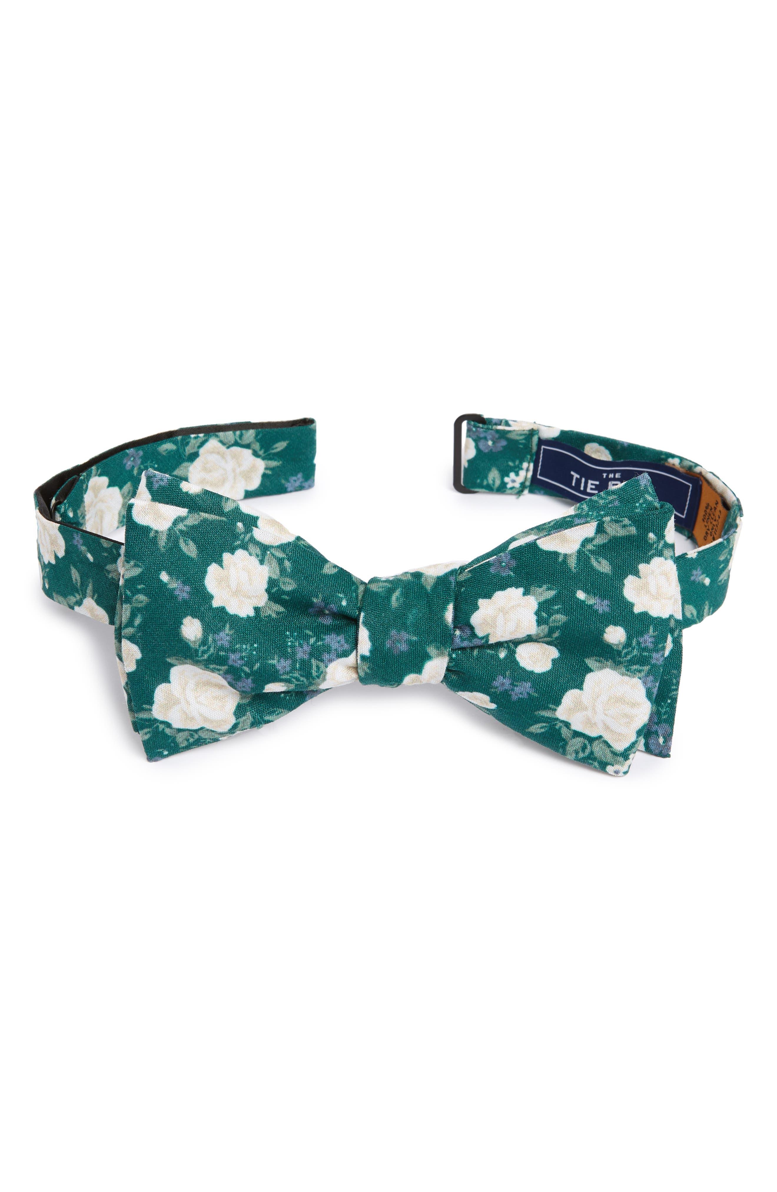 Hodgkiss Flowers Linen Bow Tie,                         Main,                         color, Hunter Green