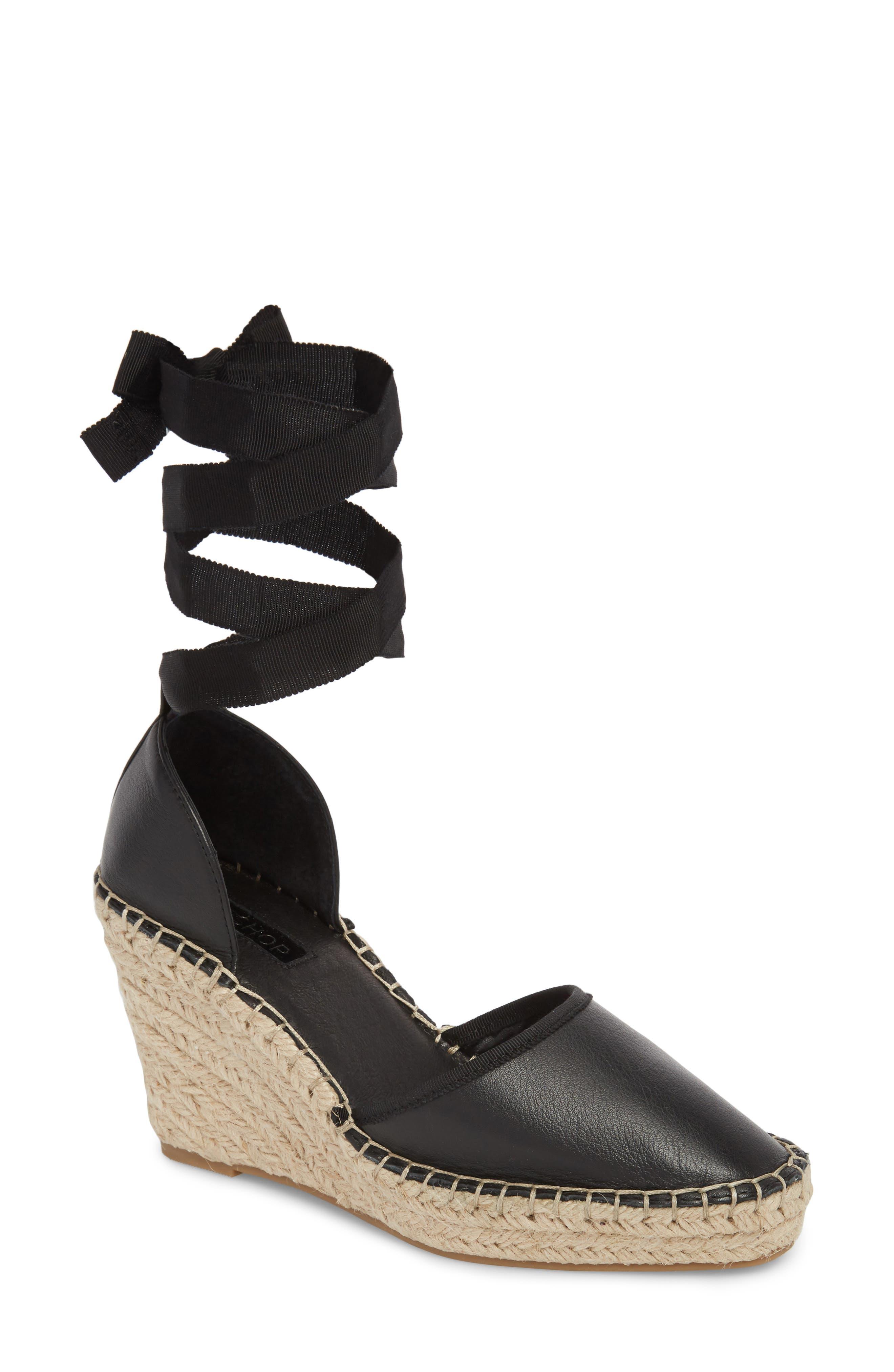 la femme est est femme du shopping de grandes chaussures nordstrom d1bcc7