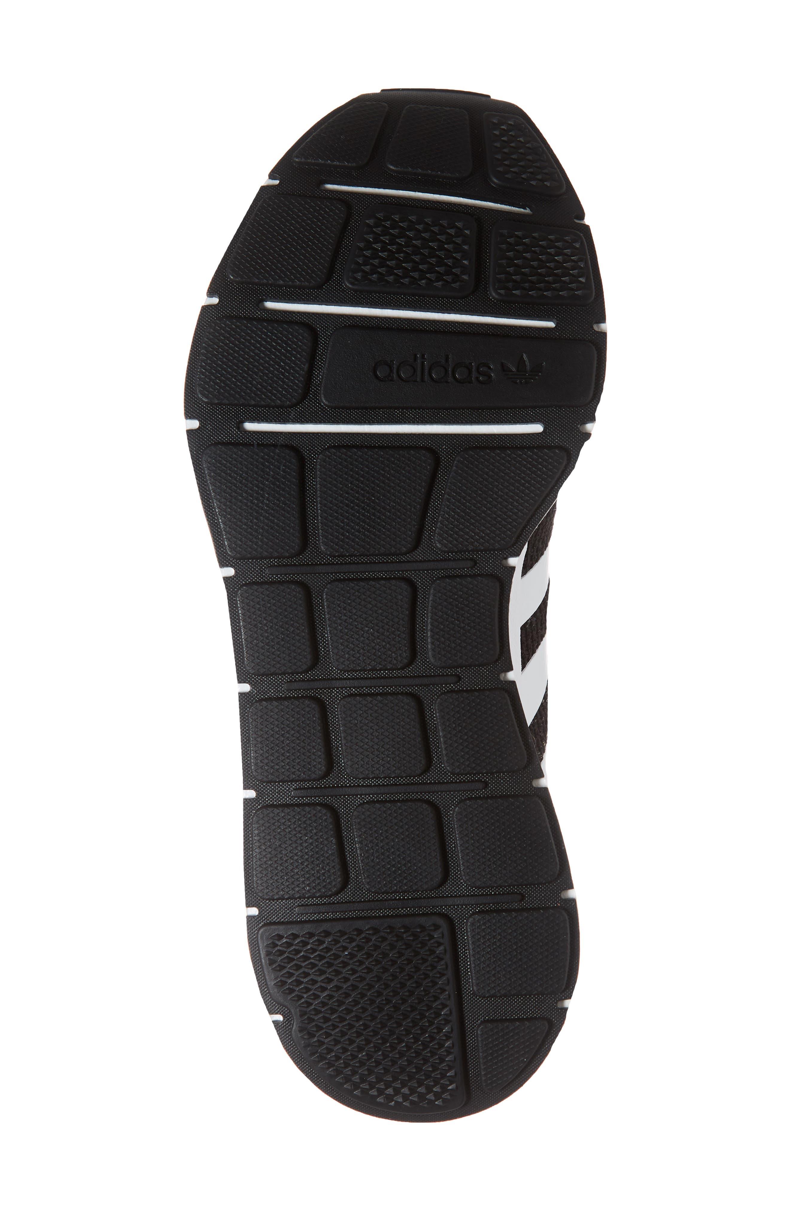Swift Run Sneaker,                             Alternate thumbnail 3, color,                             Black/ White