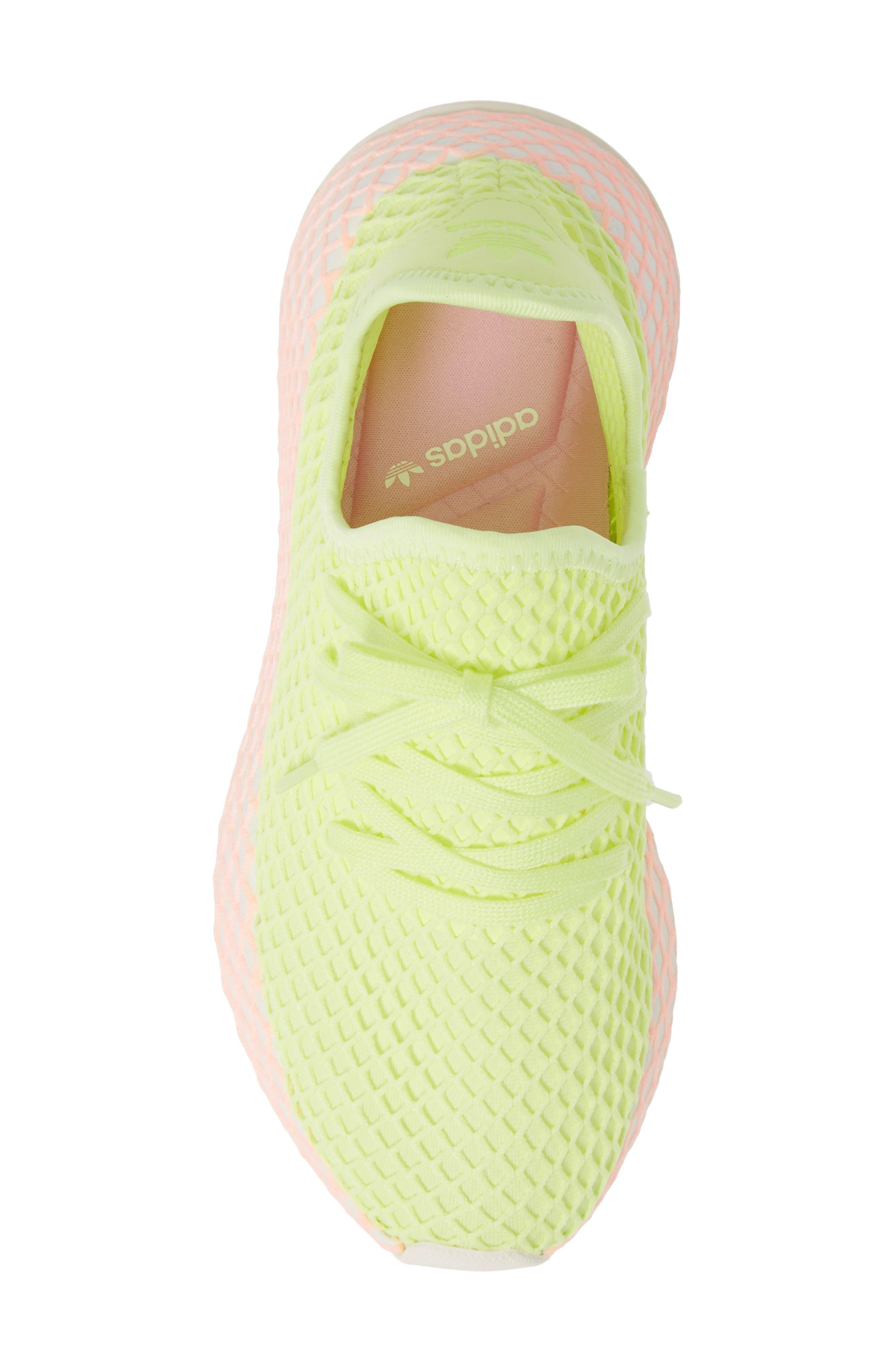 Deerupt Runner Sneaker,                             Alternate thumbnail 4, color,                             Glow/ Glow/ Clear Lilac