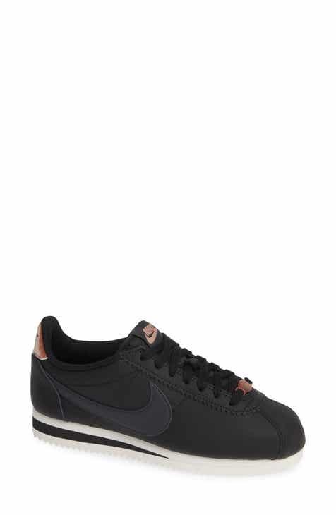 new styles 32d9b 4cd4a Nike Classic Cortez Sneaker (Women)