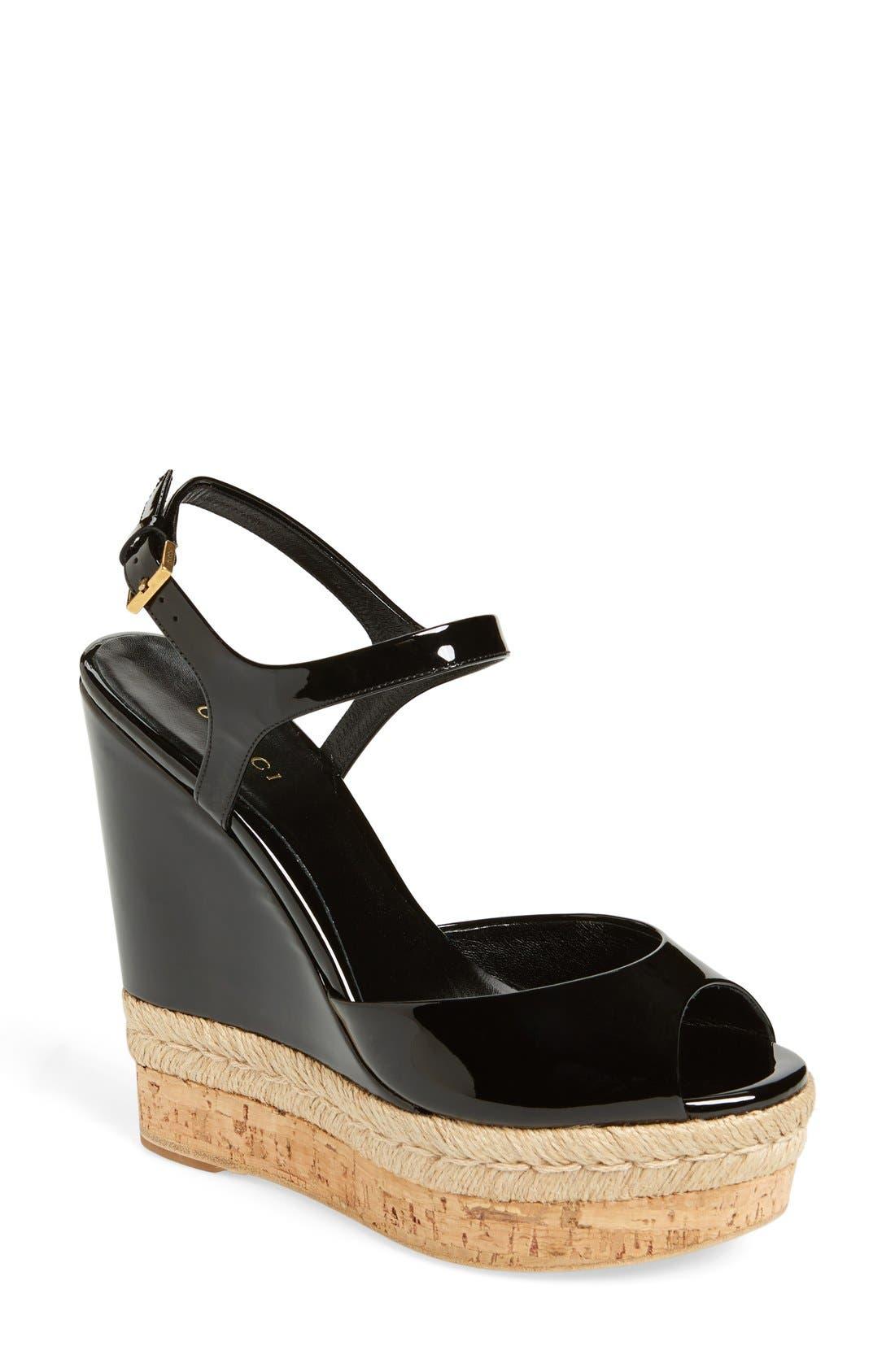 Main Image - Gucci 'Hollie' Wedge Sandal