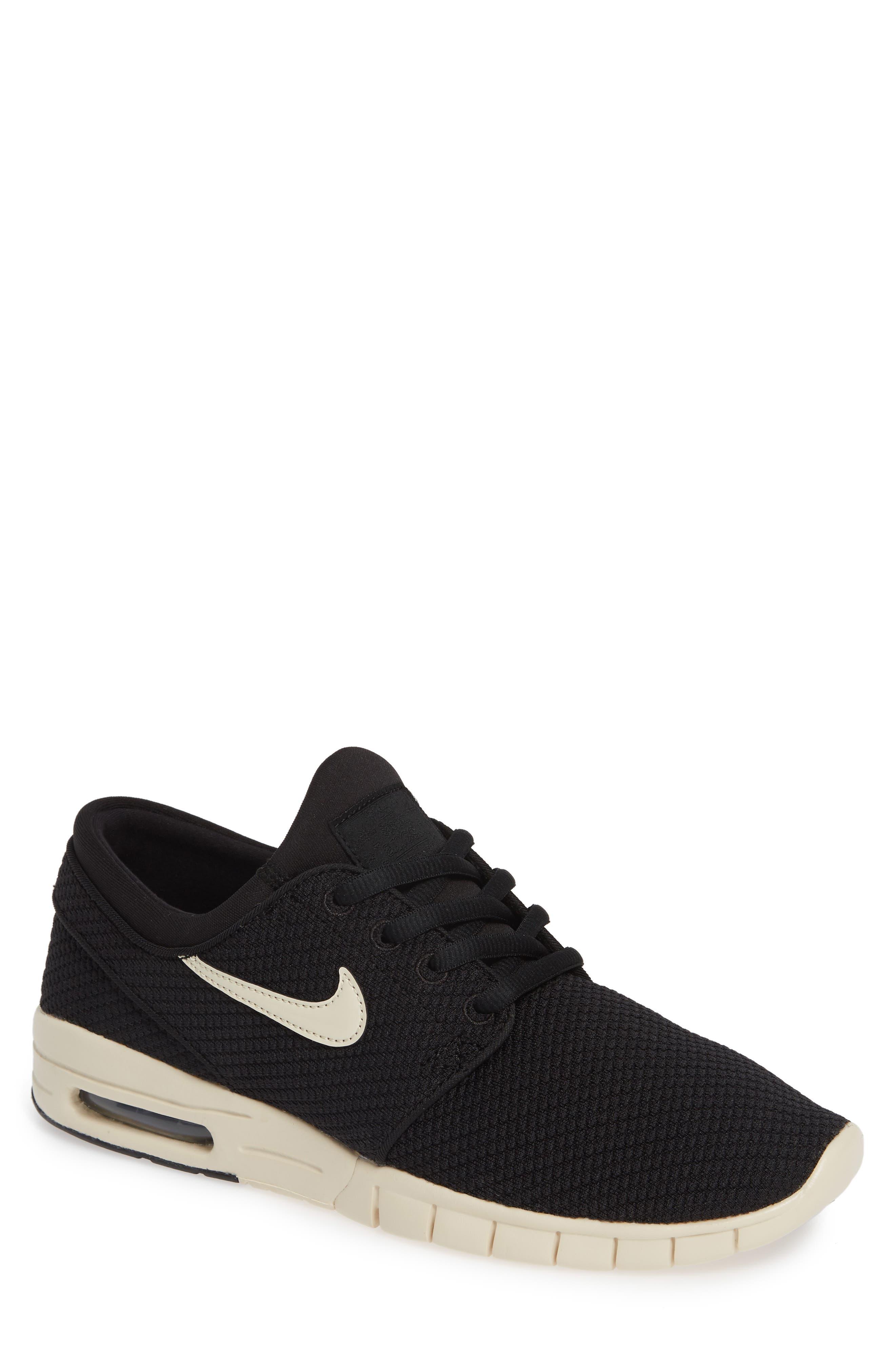 Men s Sneakers 153868407