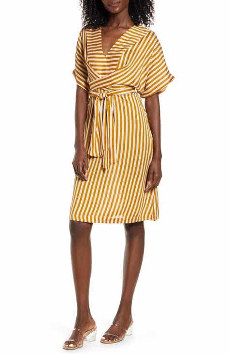 MOON RIVER Stripe Tie Waist Dress