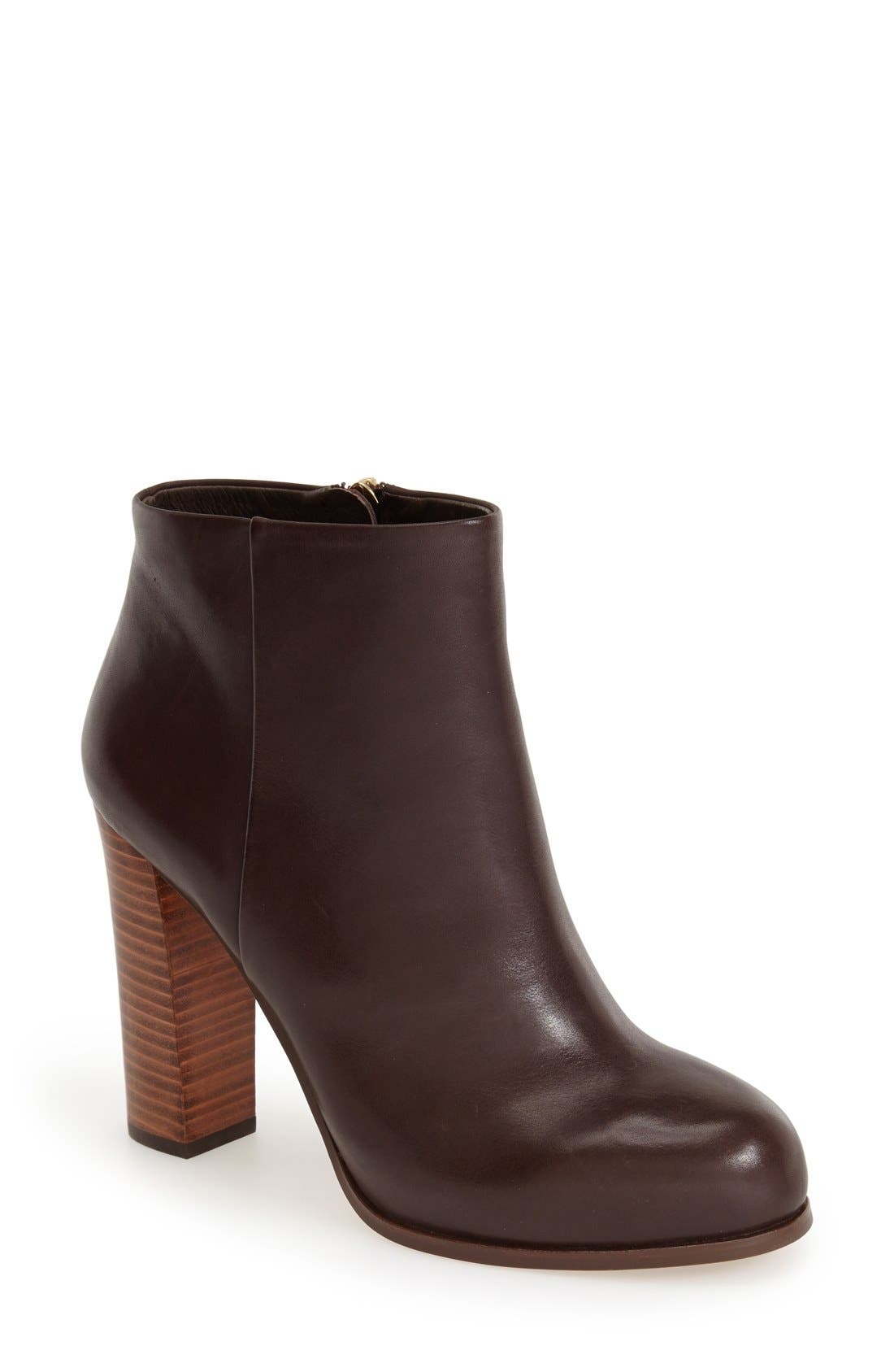 Alternate Image 1 Selected - Vince Camuto 'Grenadine' Bootie (Women)