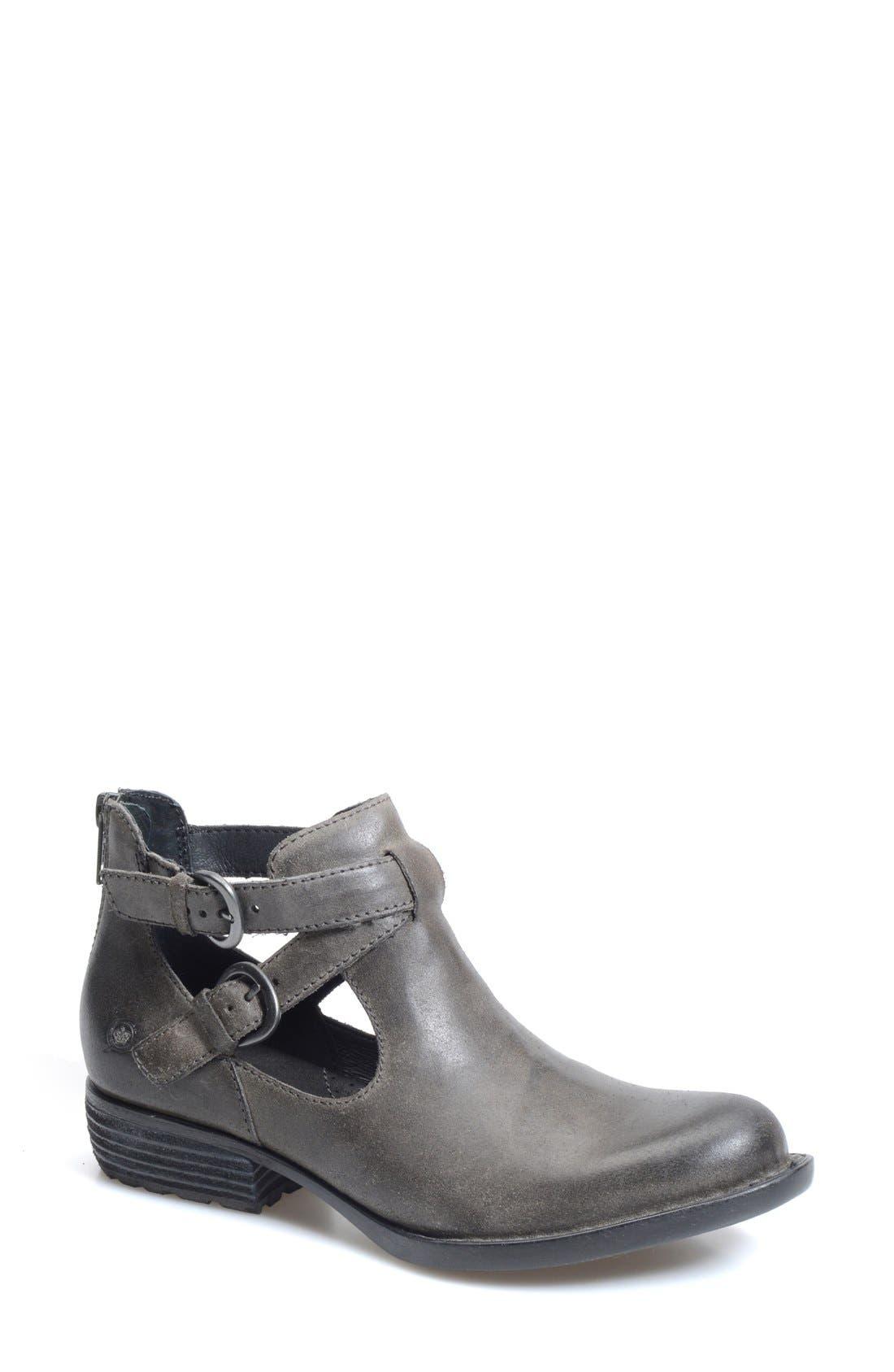 Alternate Image 1 Selected - Børn 'Kamilla' Cutout Ankle Boot (Women)
