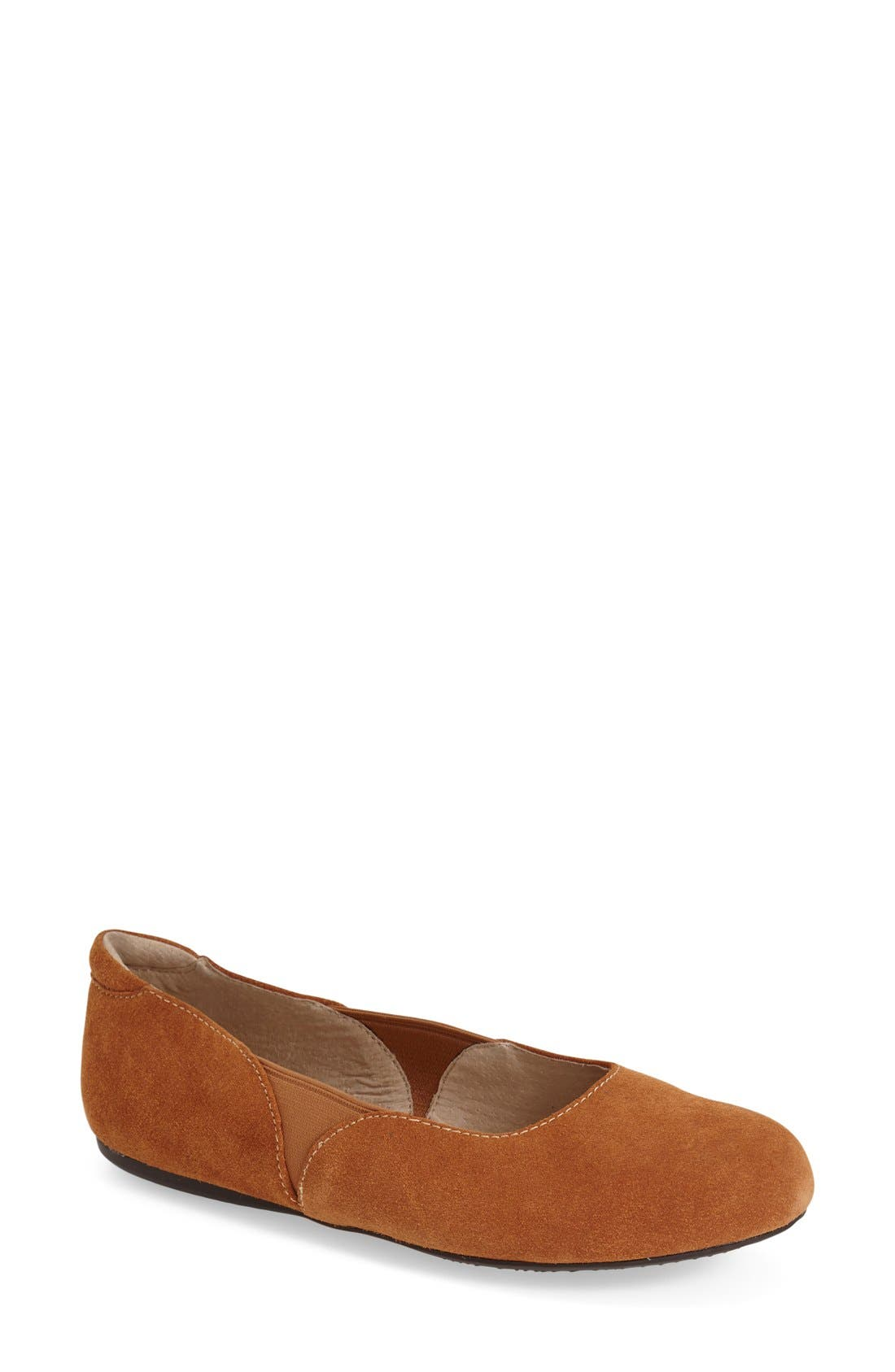 SoftWalk® 'Norwich' Flat (Women)